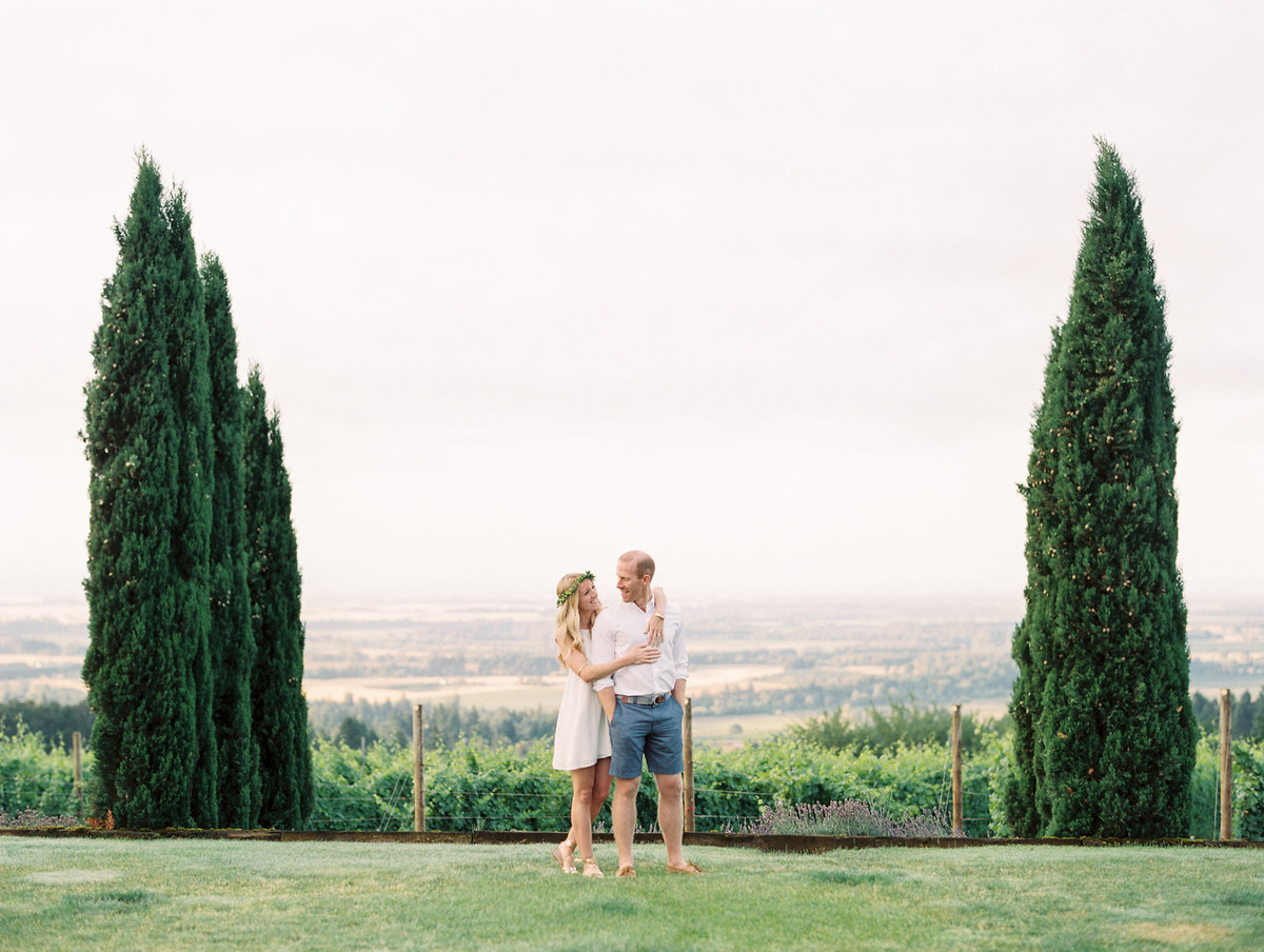 11-oregon-wine-country-engagement