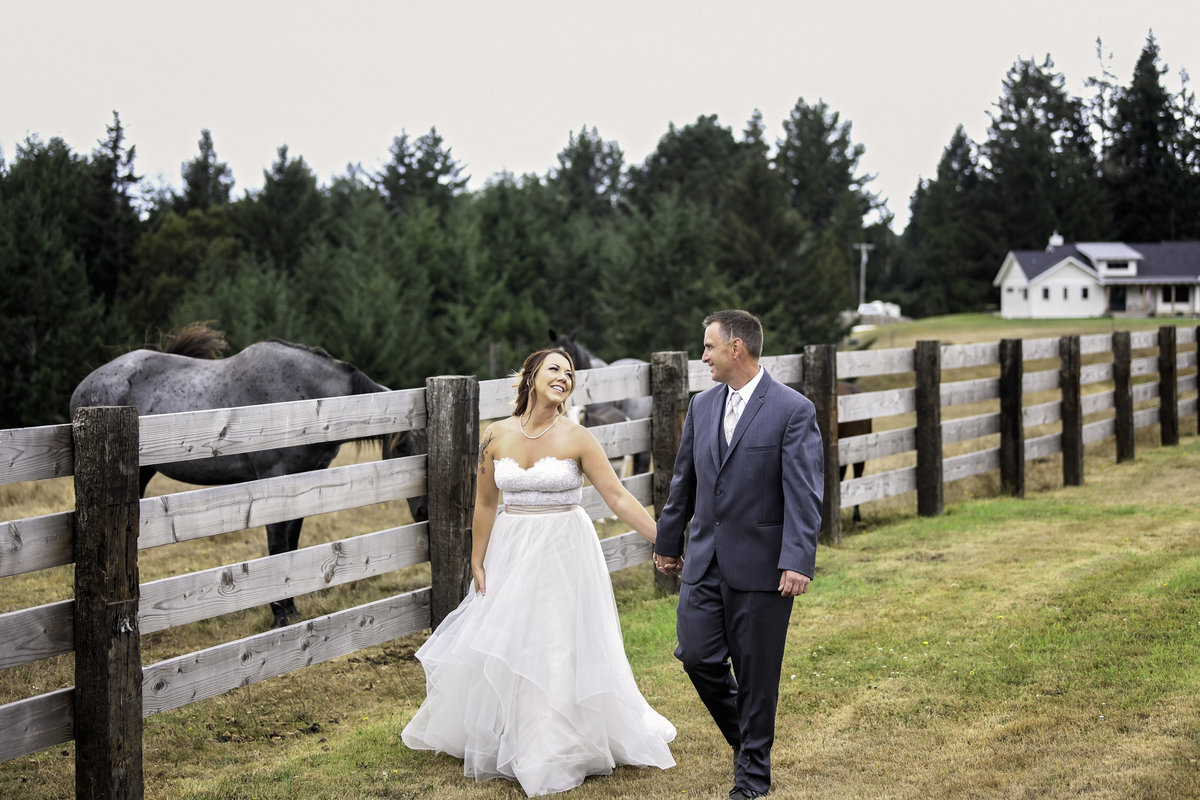 Redway-California-wedding-photographer-Parky's-Pics-Photography-Humboldt-County-Photographer-Wild-souls-ranch-wedding-1.jpg
