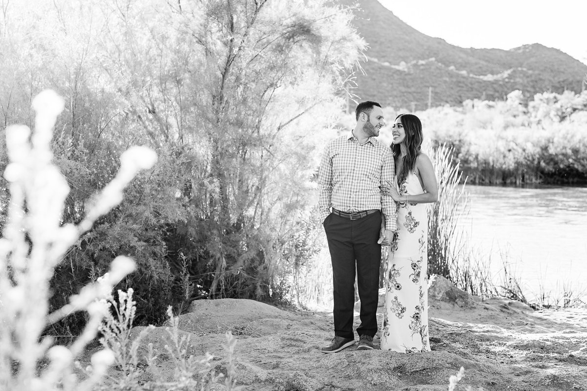 Celina + Colton - Engagement - Salt River Engagement Session-21_Lunabear Studios Portfolio
