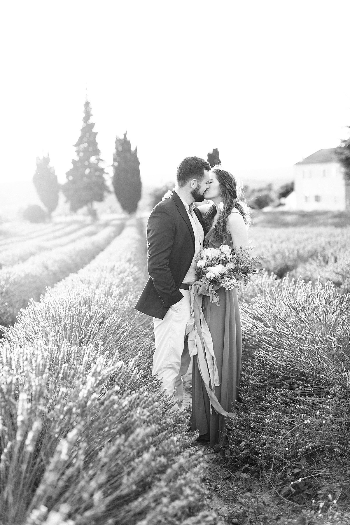 provence-france-lavender-anniversary-session-alicia-yarrish-photography-15