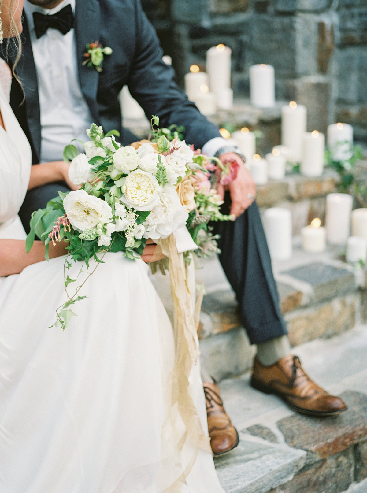 ©holeighvphotography_CastleLadyhawkeWeddingInspiration-187