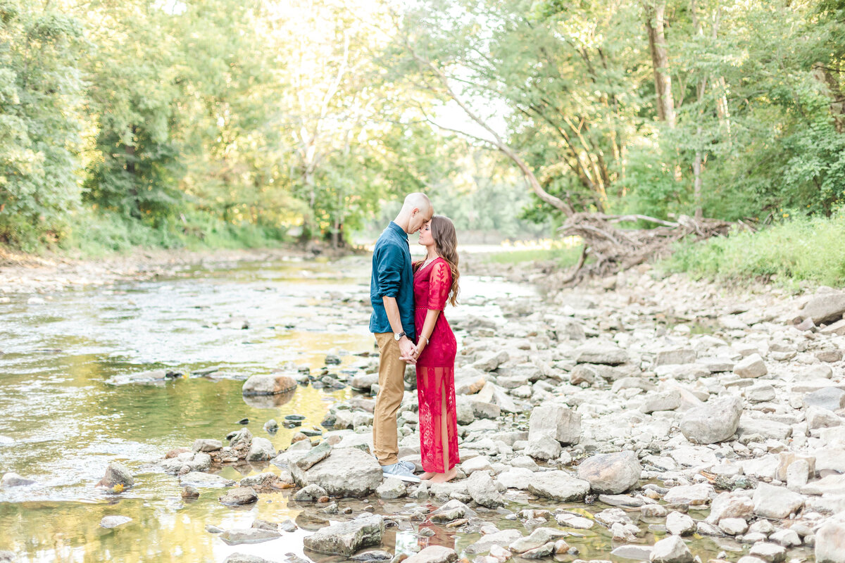 Elle Taylor Photography-Kankakee Engagement Photographer52410