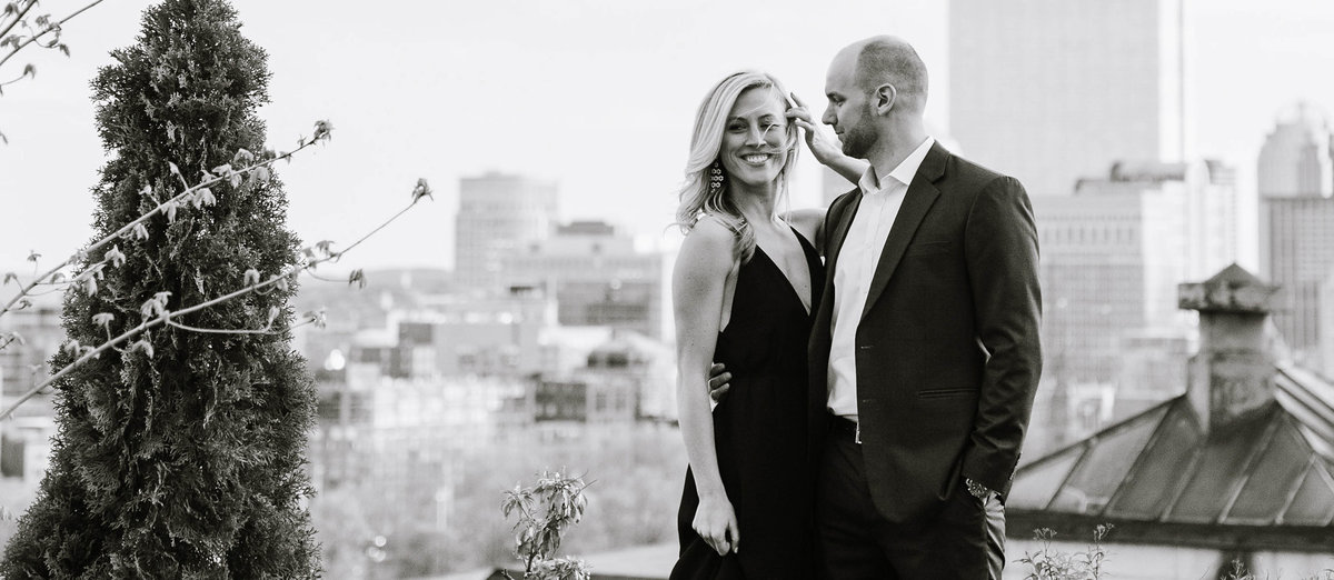 boston-public-garden-beacon-hill-engagement-session-photo