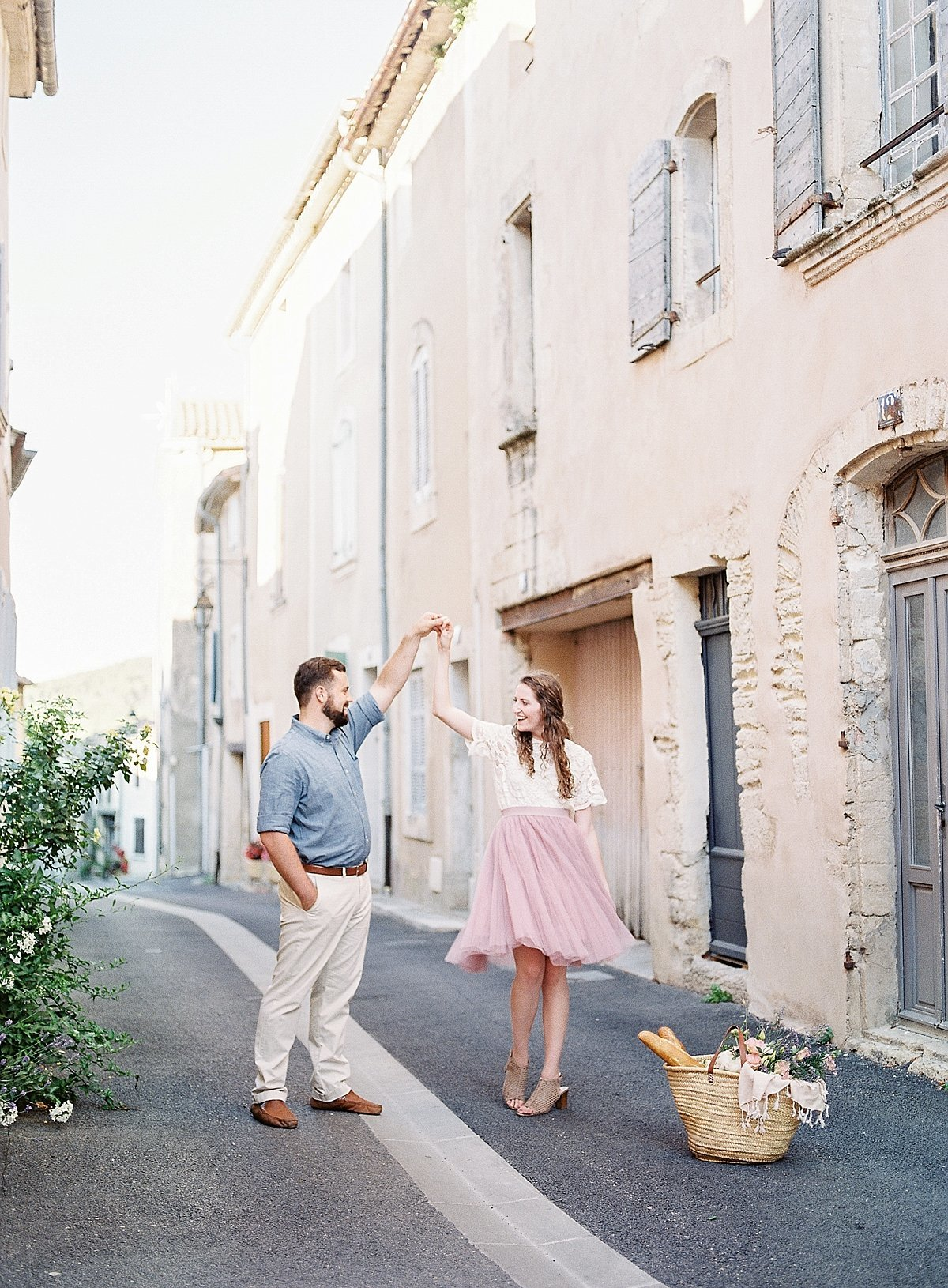 France-lavender-anniversary-session-alicia-yarrish-photography-2-2
