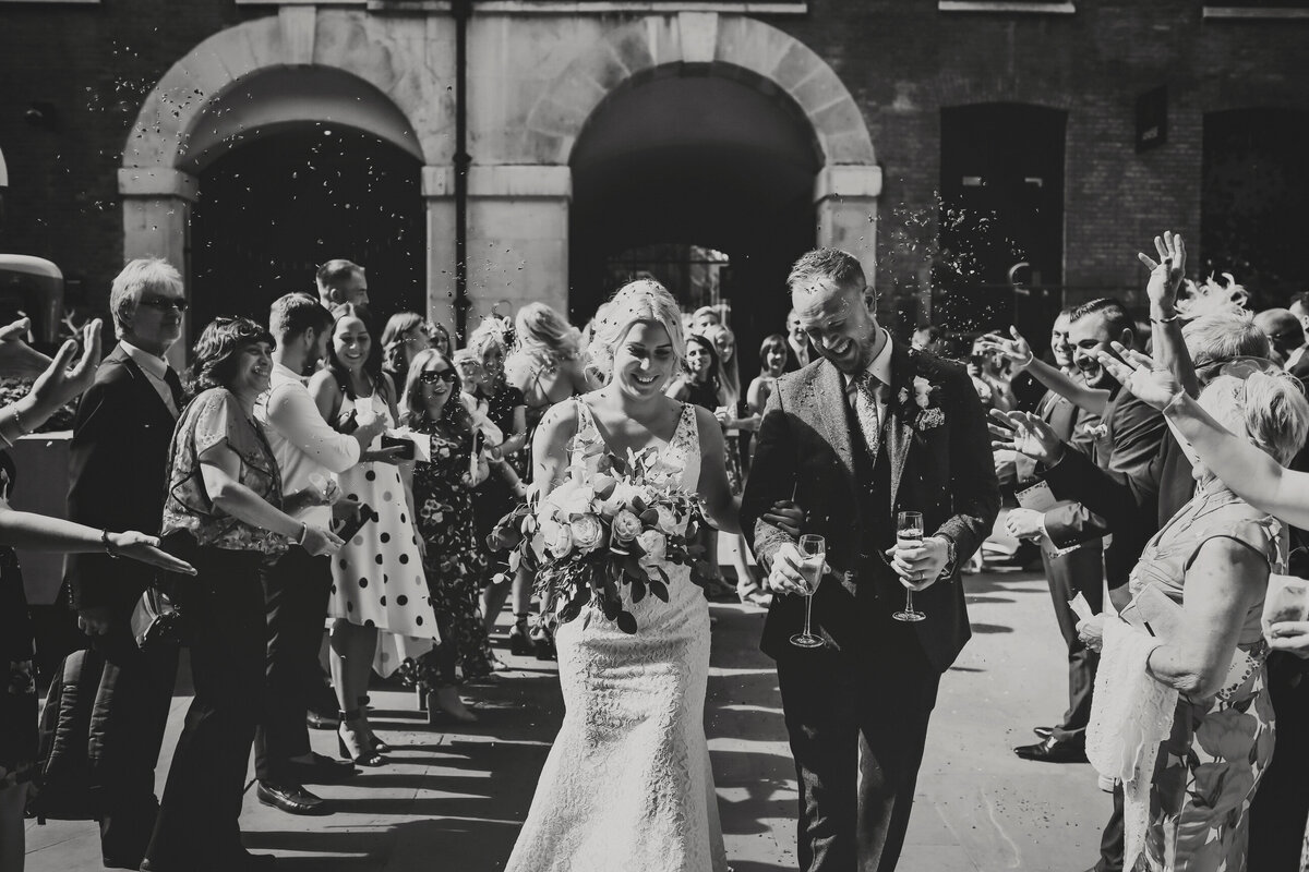 DEVONSHIRE-TERRACE-LONDON-WEDDING-PHOTOGRAPHER-0027