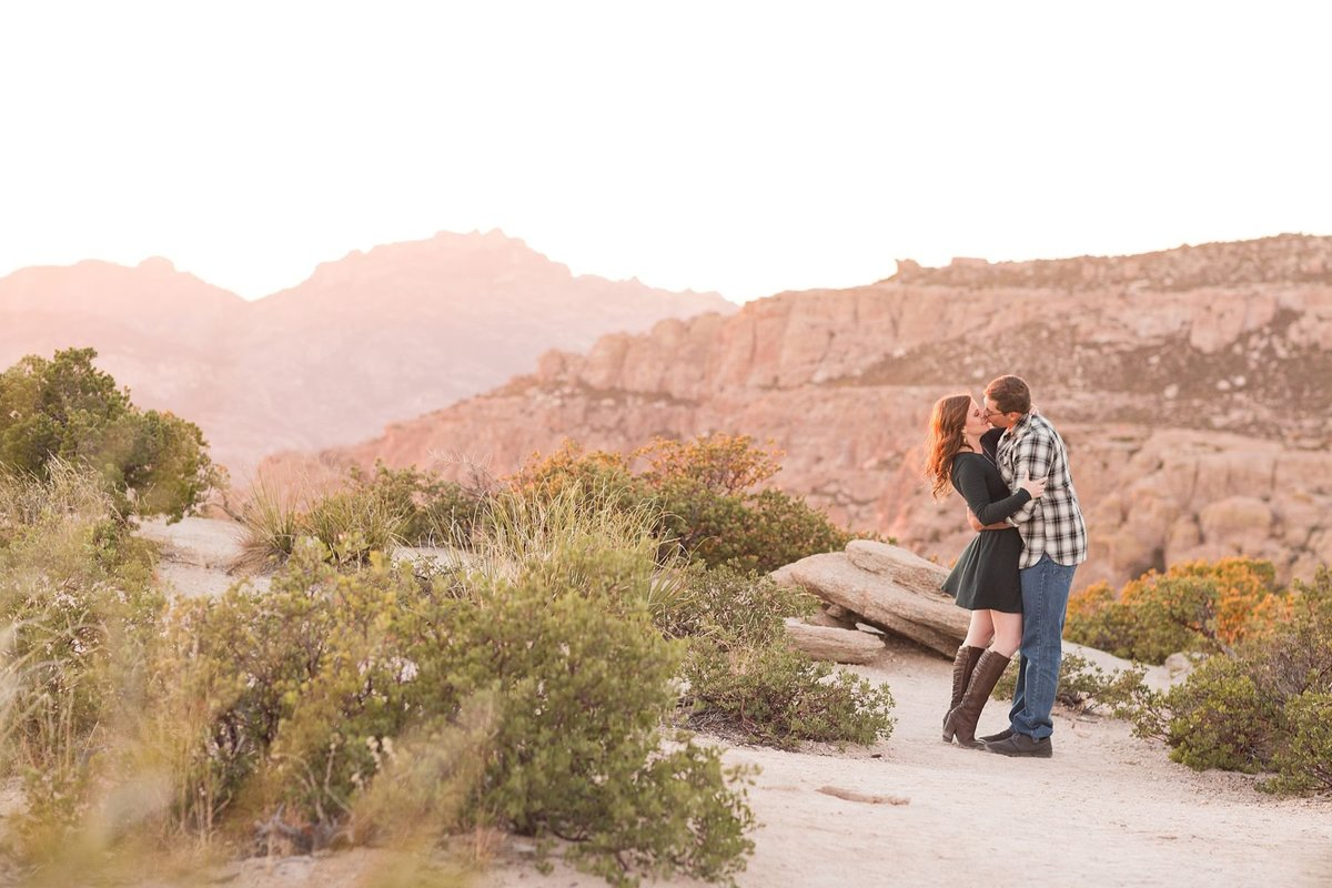 Tucson-Engagement-Photography_0018