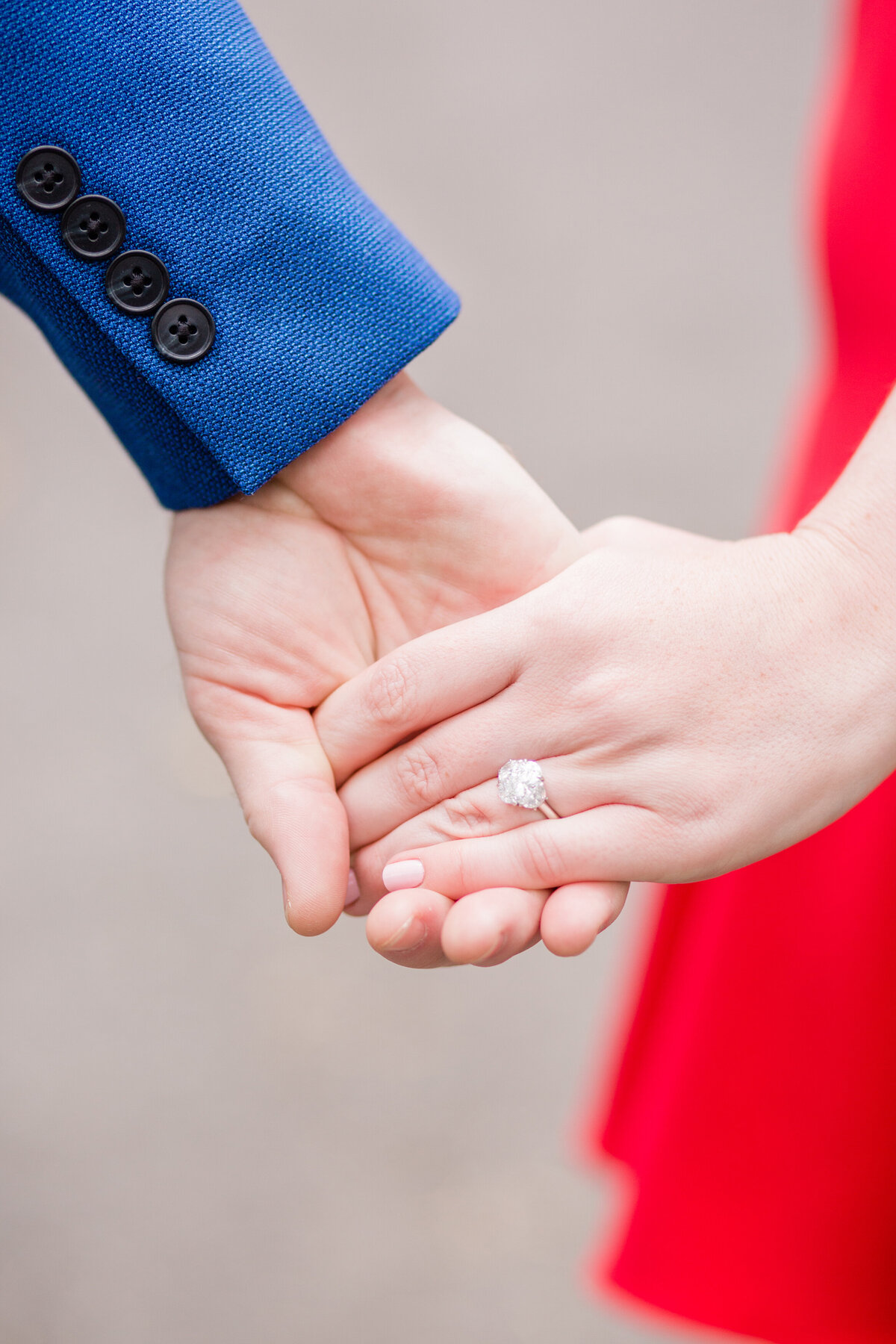 NW_elegant-centra-park-ny-engagement-l&T-