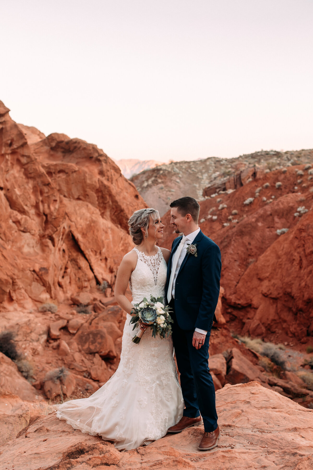 Heather+Ivan|AshlynSavannahPhoto|ValleyofFireElopement-138