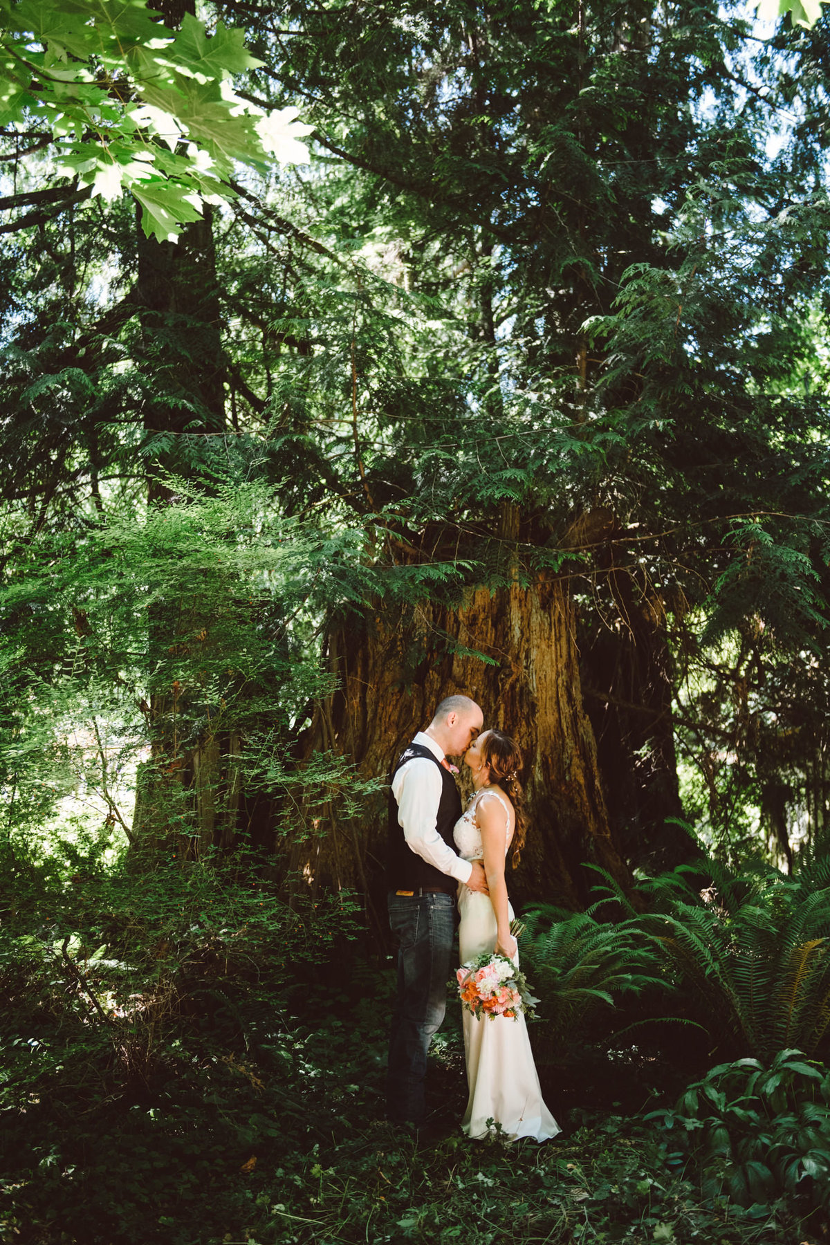 Seattle Wedding Photographer Karissa Roe TWIN WILLOW GARDENS WEDDING PHOTOS-1