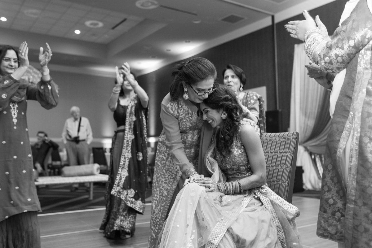 indian-america-british-wedding-sangeet-0022