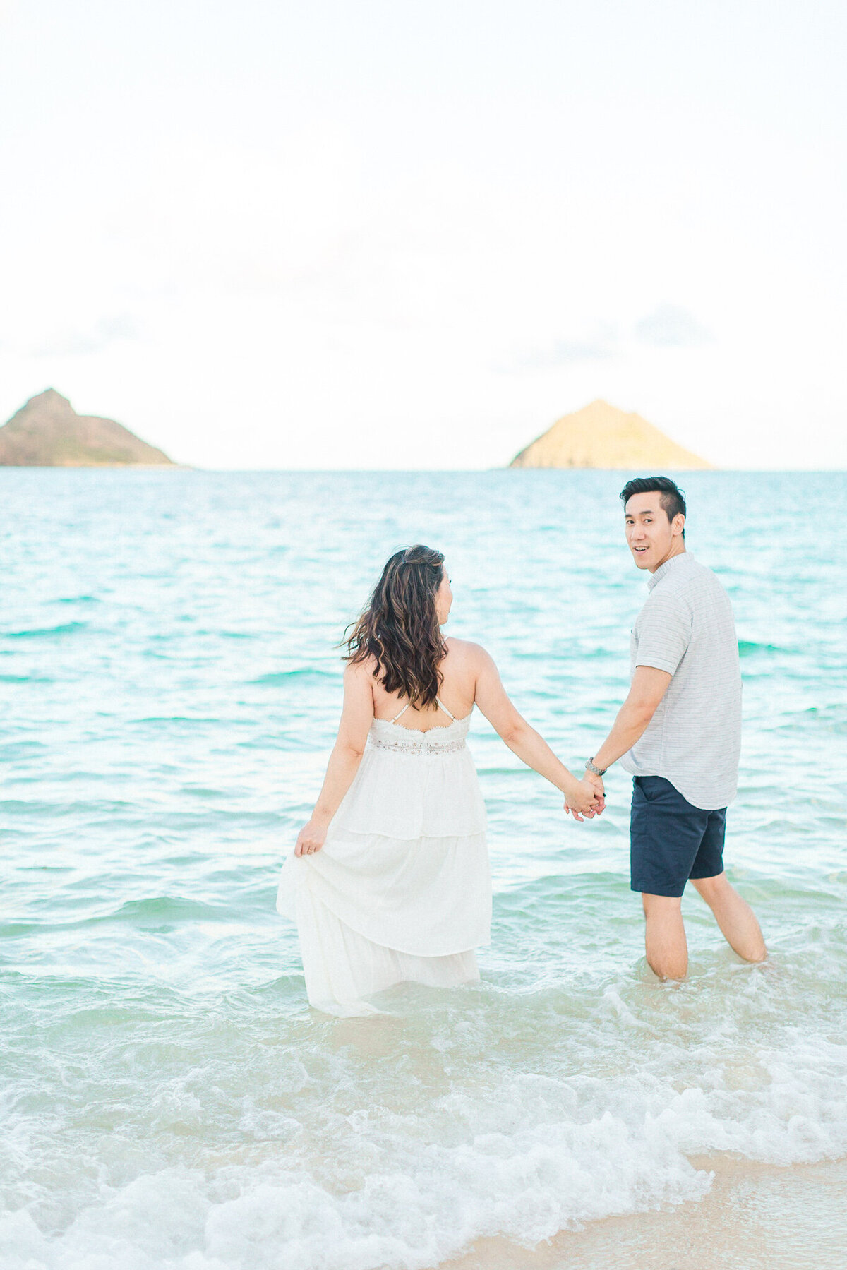 Blog-lanikai beach maternity session by hawaii maternity photographer veronica ilioi photography-0045