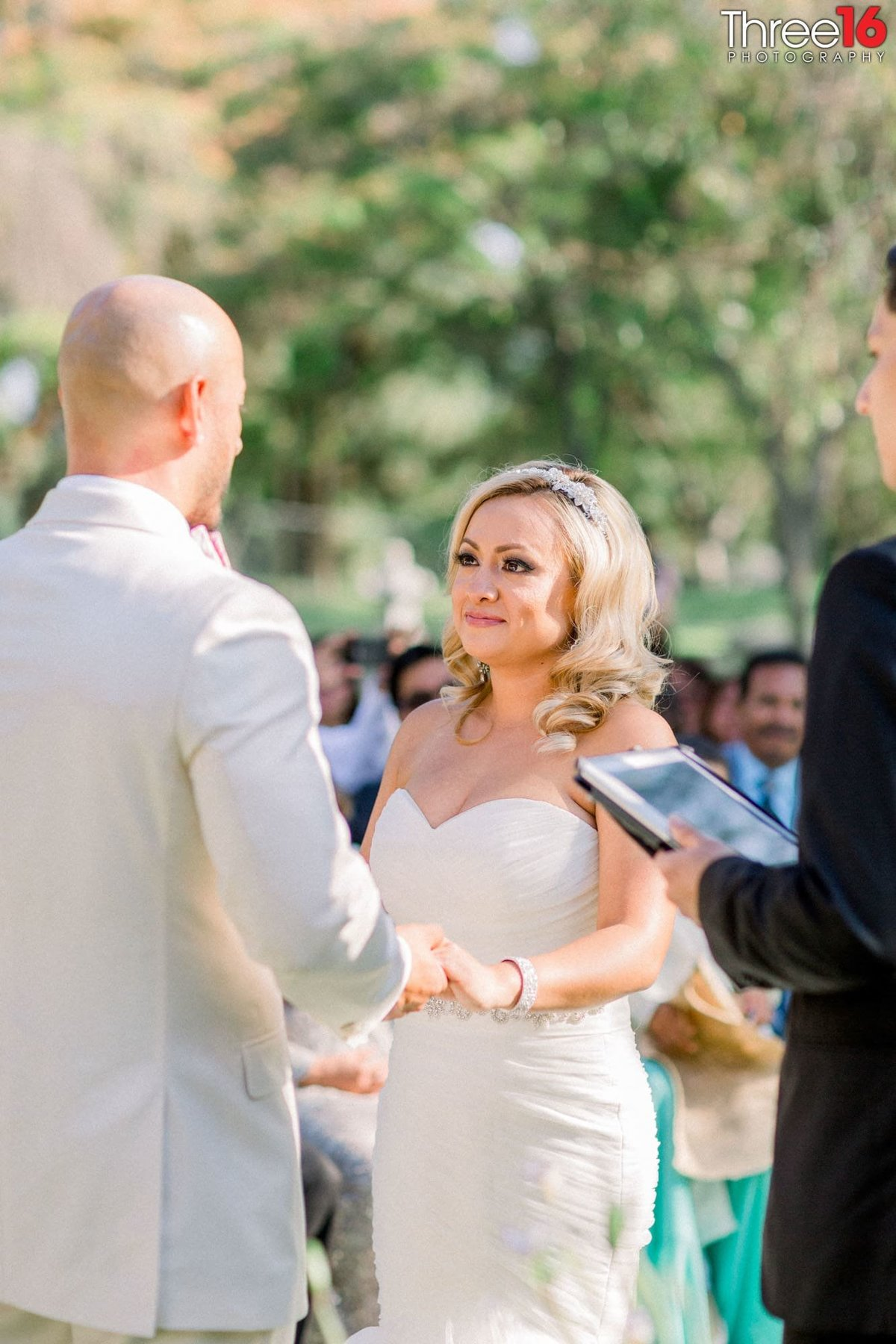Wedding at Brand Library Park in Glendale_