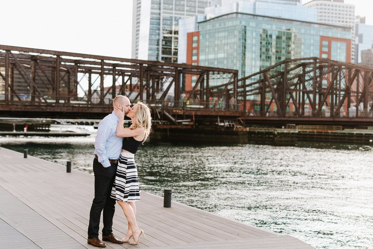 seaport-district-beacon-hill-engagement-session-boston-wedding-photographer-photo_0005
