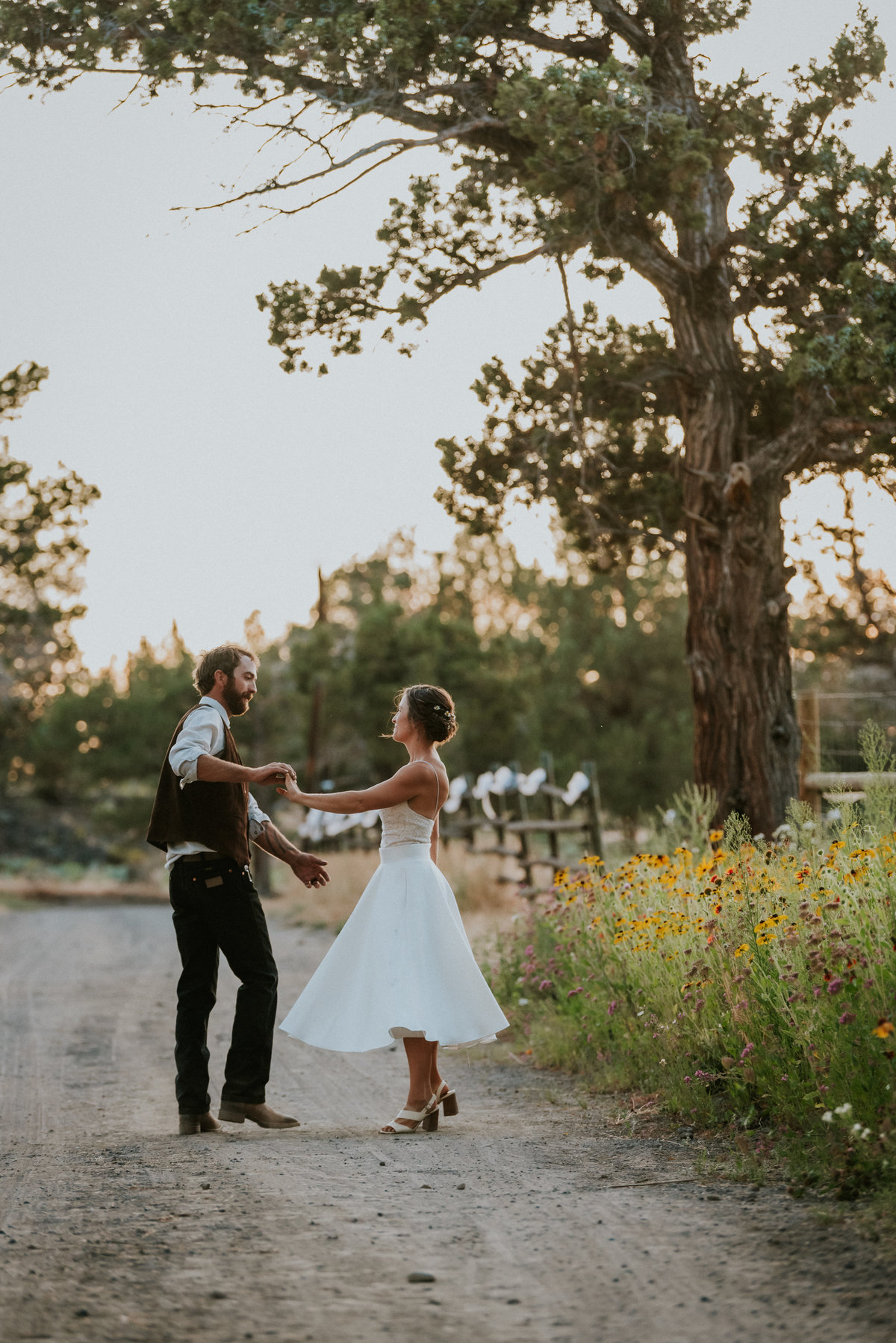 meredith_sands_wedding_photographer_bend_oregon-10