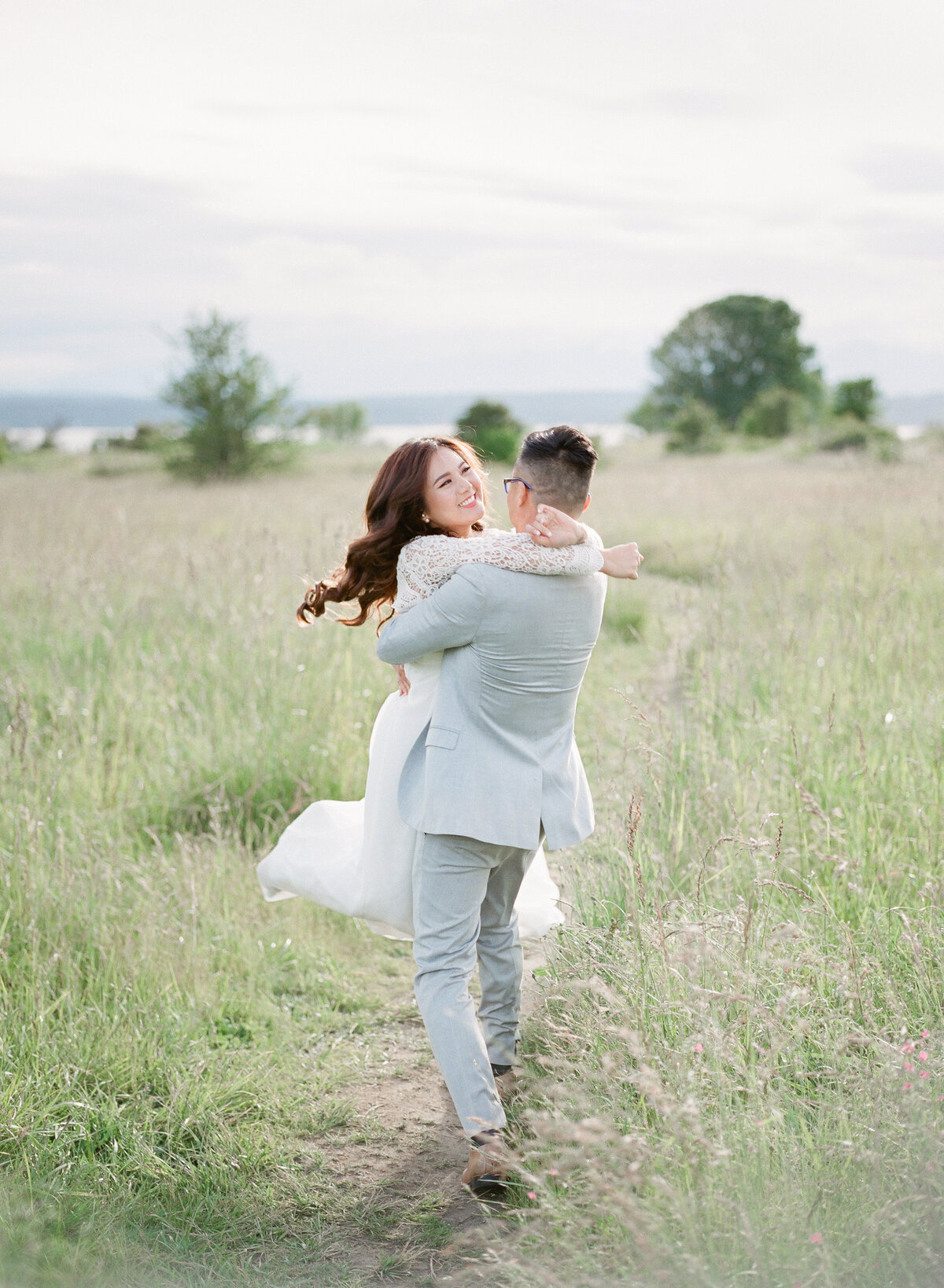 Nikki & Matt - Discovery Park Engagement - Tetiana Photgoraphy-34