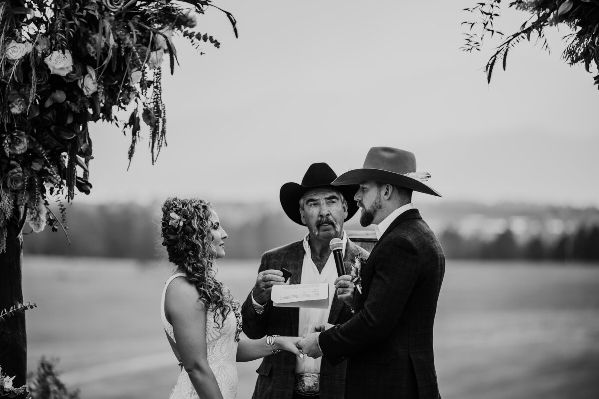younger-ranch-wedding-Native-Roaming-Photography-58