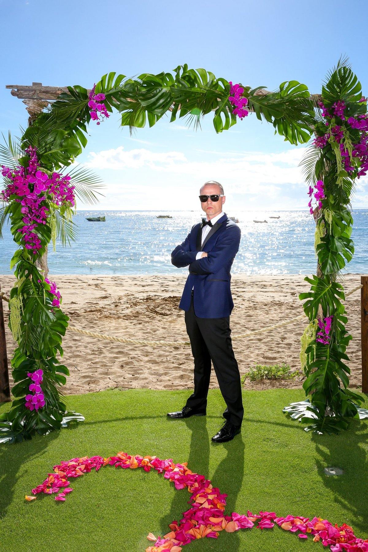 Capture Aloha Photography  Groom at the beach