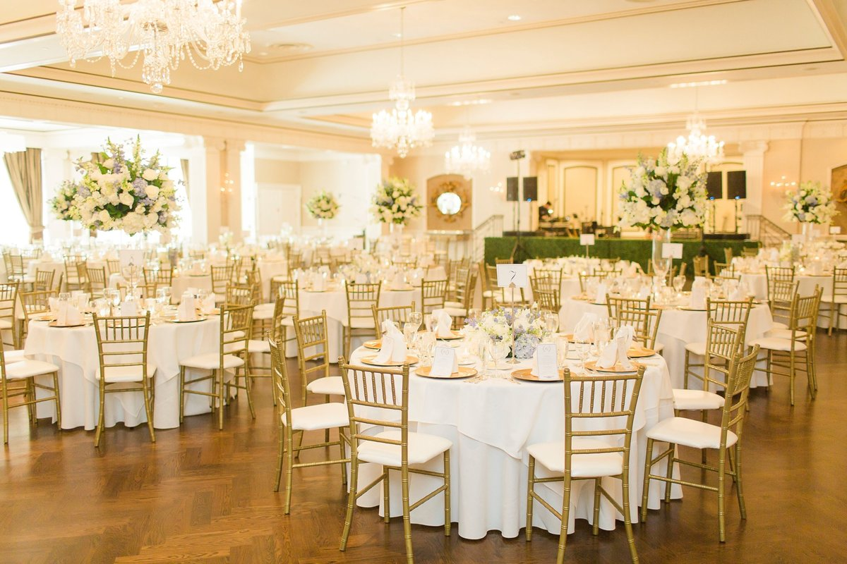 Megan-and-Brian-Lakeside-Country-Club-Houston-Wedding-Planner-Love-Detailed-Events-The-Cotton-Collective 13