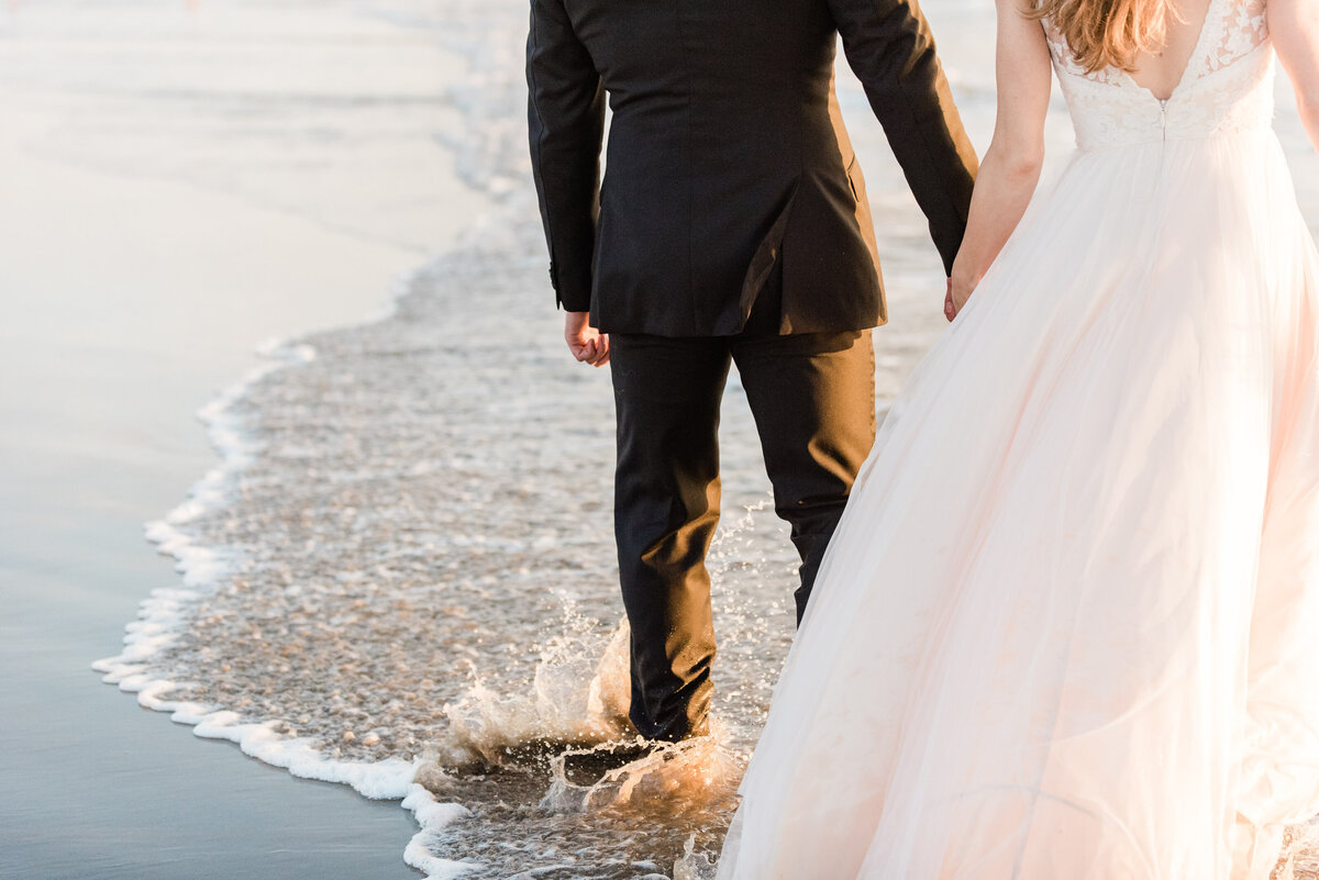 Cannon-Beach-Elopement-Photographer-58