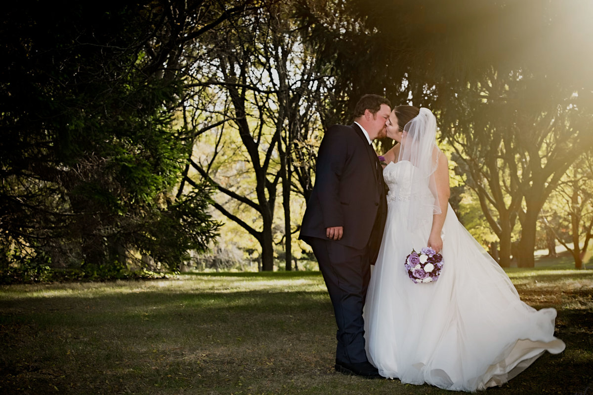outdoor wedding sun flare