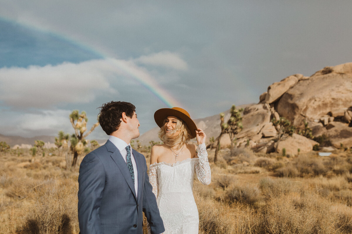 liv_hettinga_photography_joshua_tree_adventure_elopement-38