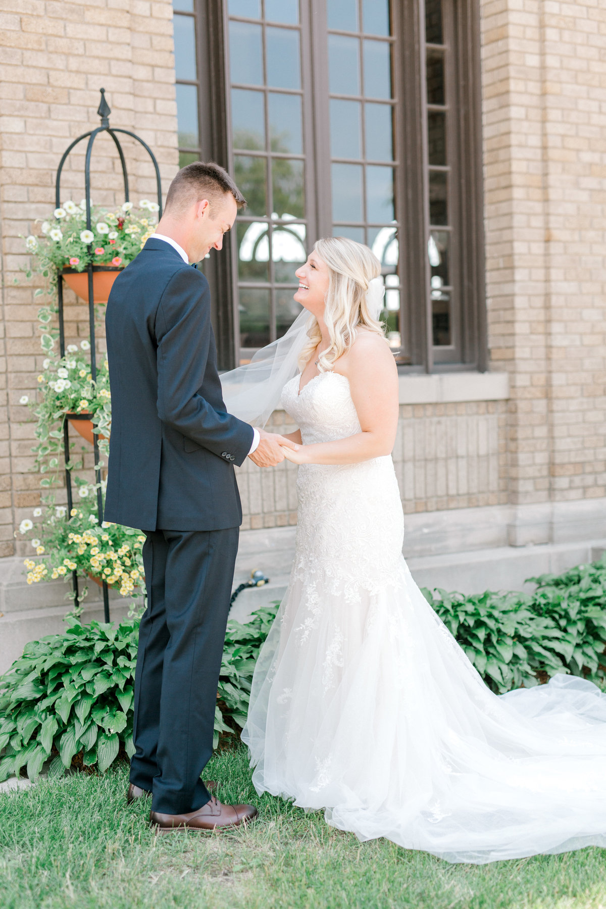 la poste perry iowa wedding photographer danielle+daniel-4749