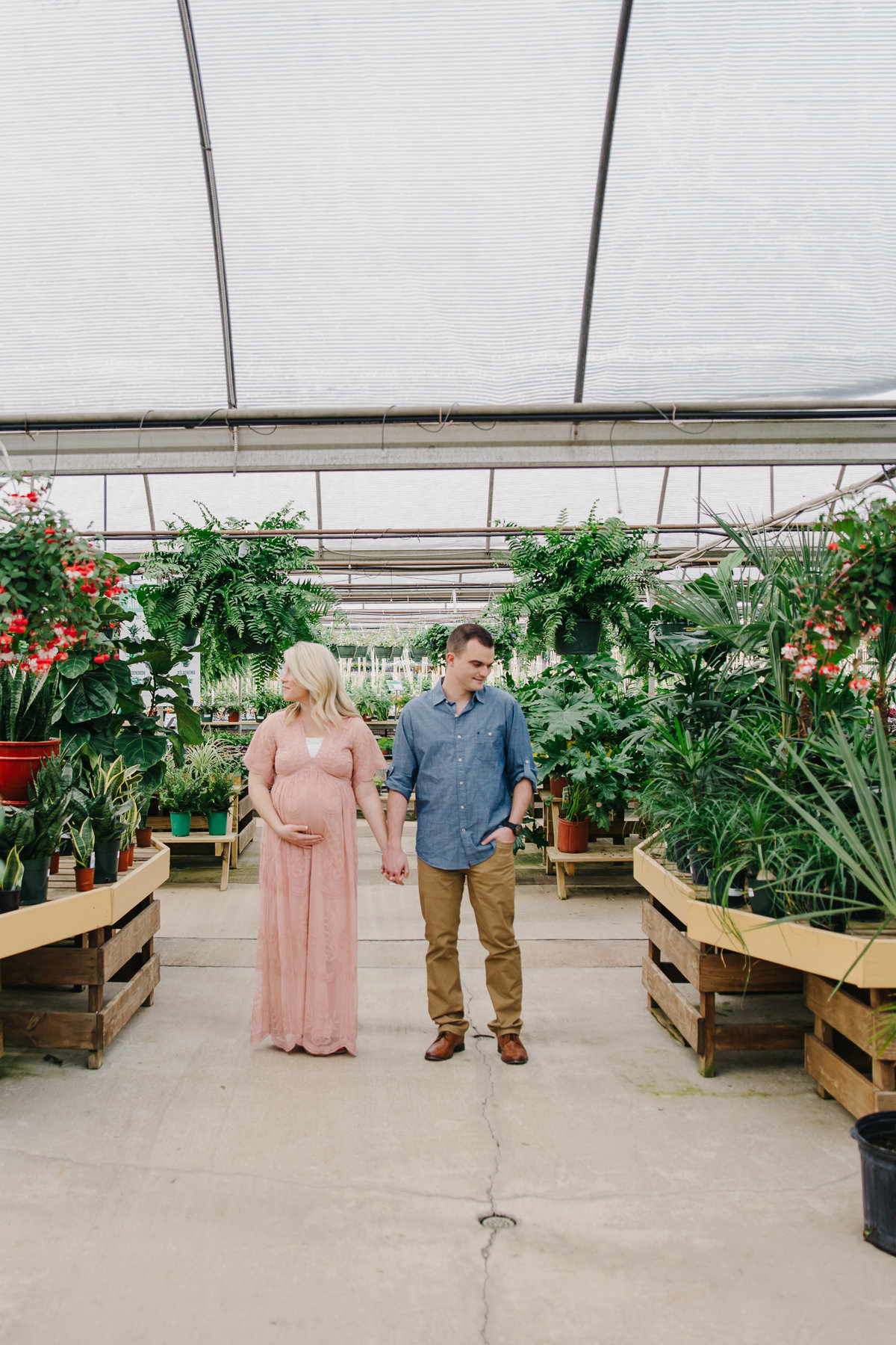 greenhouse-maternity-photography-session-raleigh-2590