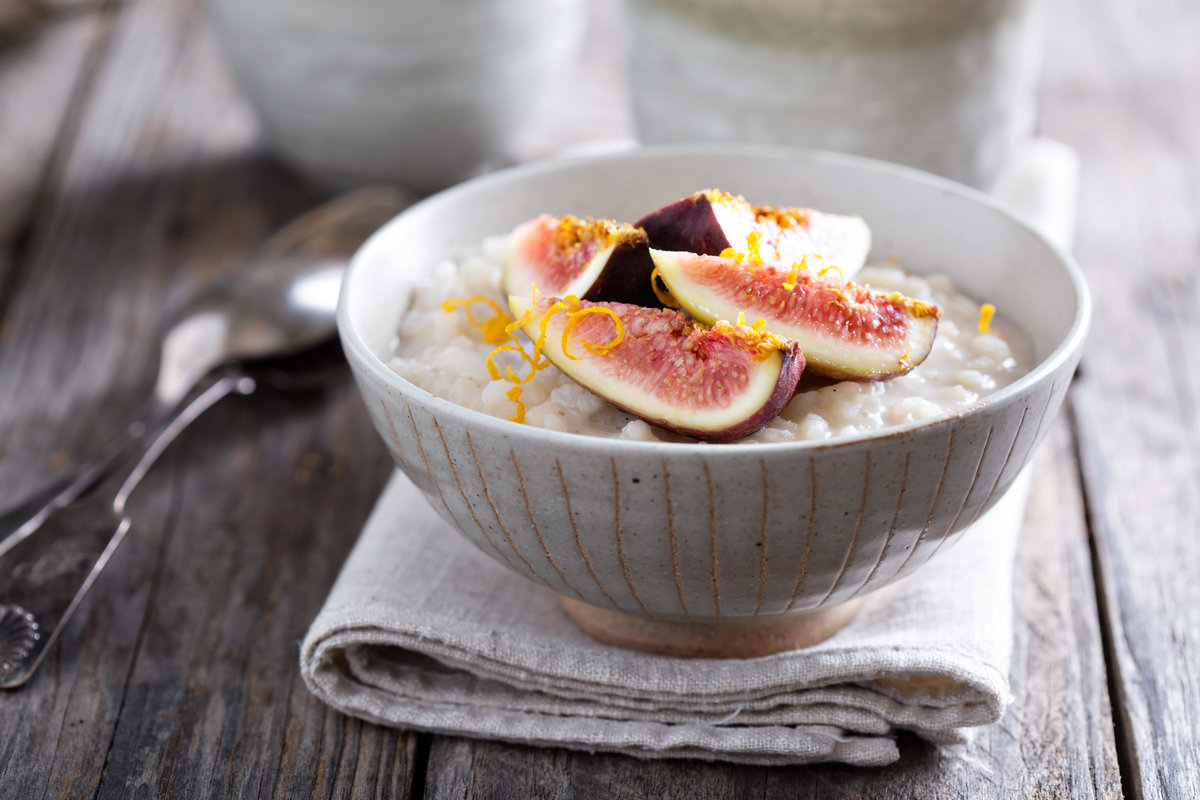 Almond & fig oatmeal