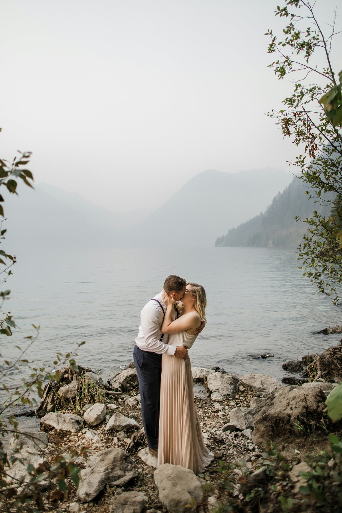 Lake-Cushman-Olympic-National-Park-Elopement-35