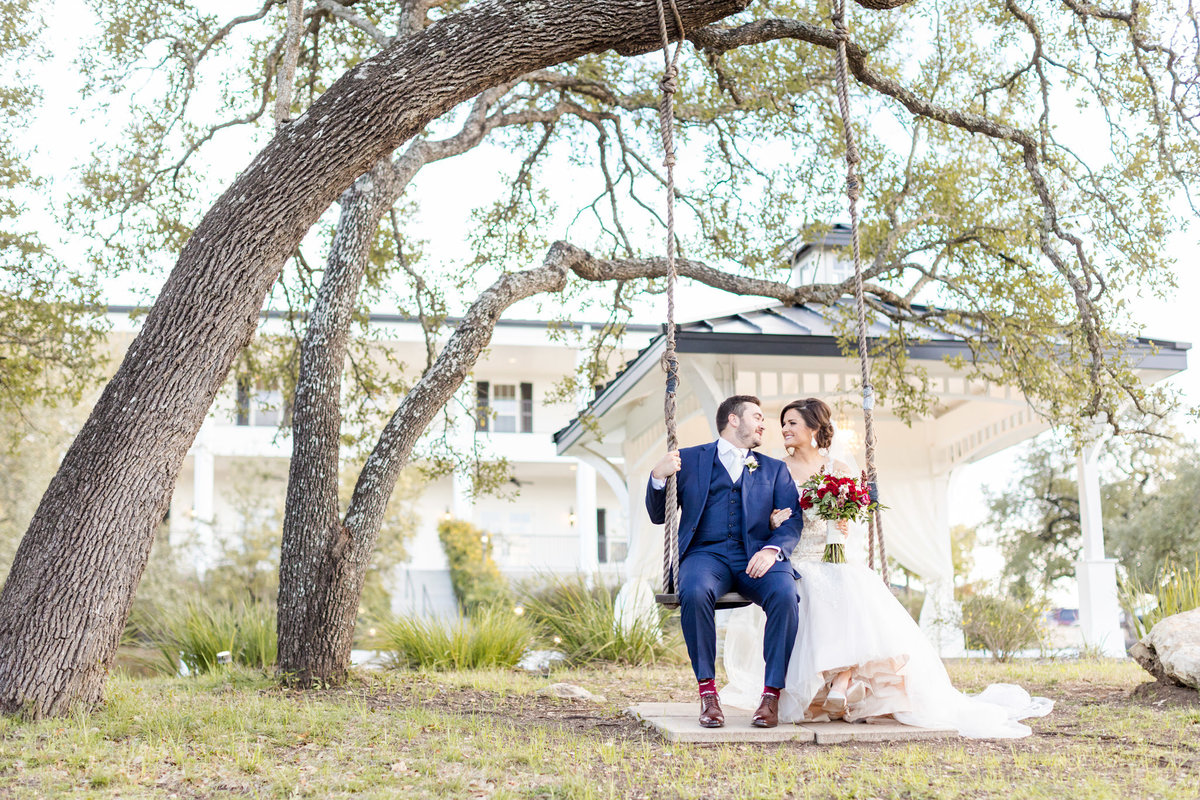 Wedding-at-Kendall-Plantation-Barron-Dawn-Elizabeth-Studios-54