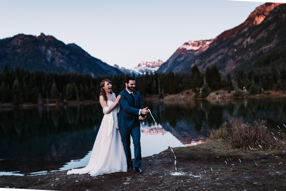 Oregon_elopement_Gold_Creek_pond_Adventure_wedding_photography (551 of 793)