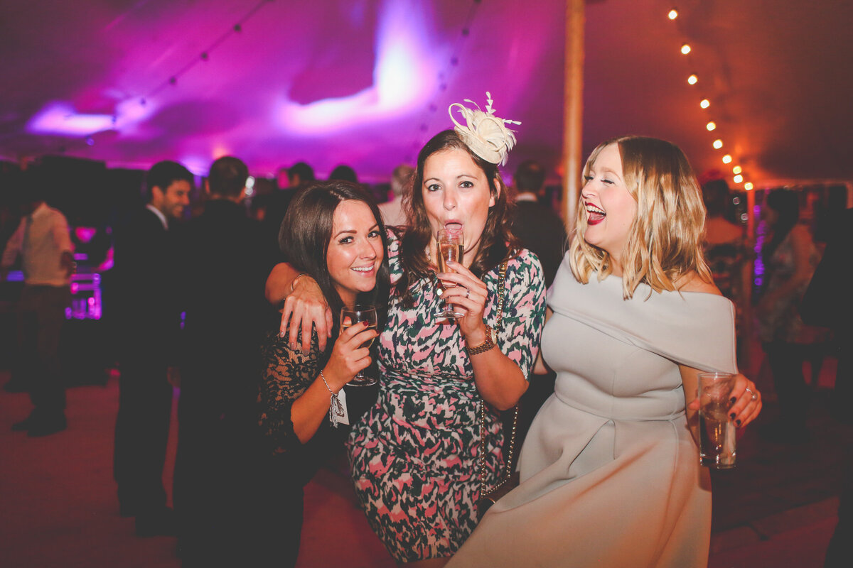 YORKSHIRE-WEDDING-LOTS-OF-LAUGHTER-MARQUEE-AND-CHUCH-0094