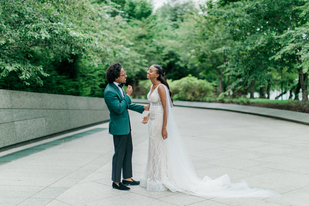 Solomon_Tkeyah_Micro_COVID_Wedding_Washington_DC_War_Memorial_MLK_Memorial_Linoln_Memorial_Angelika_Johns_Photography-4781