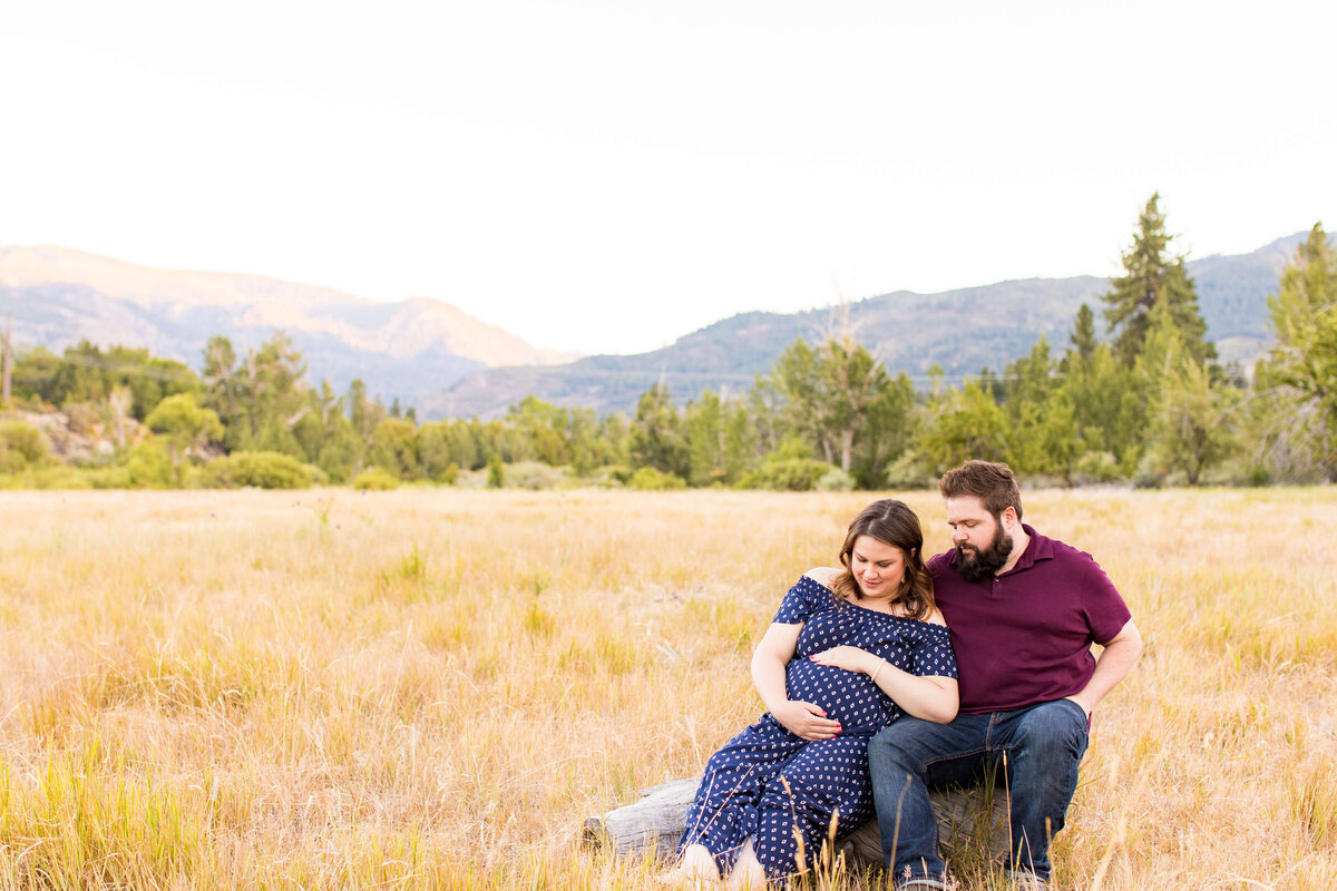 Ashley&JoelMaternitySession2020-52