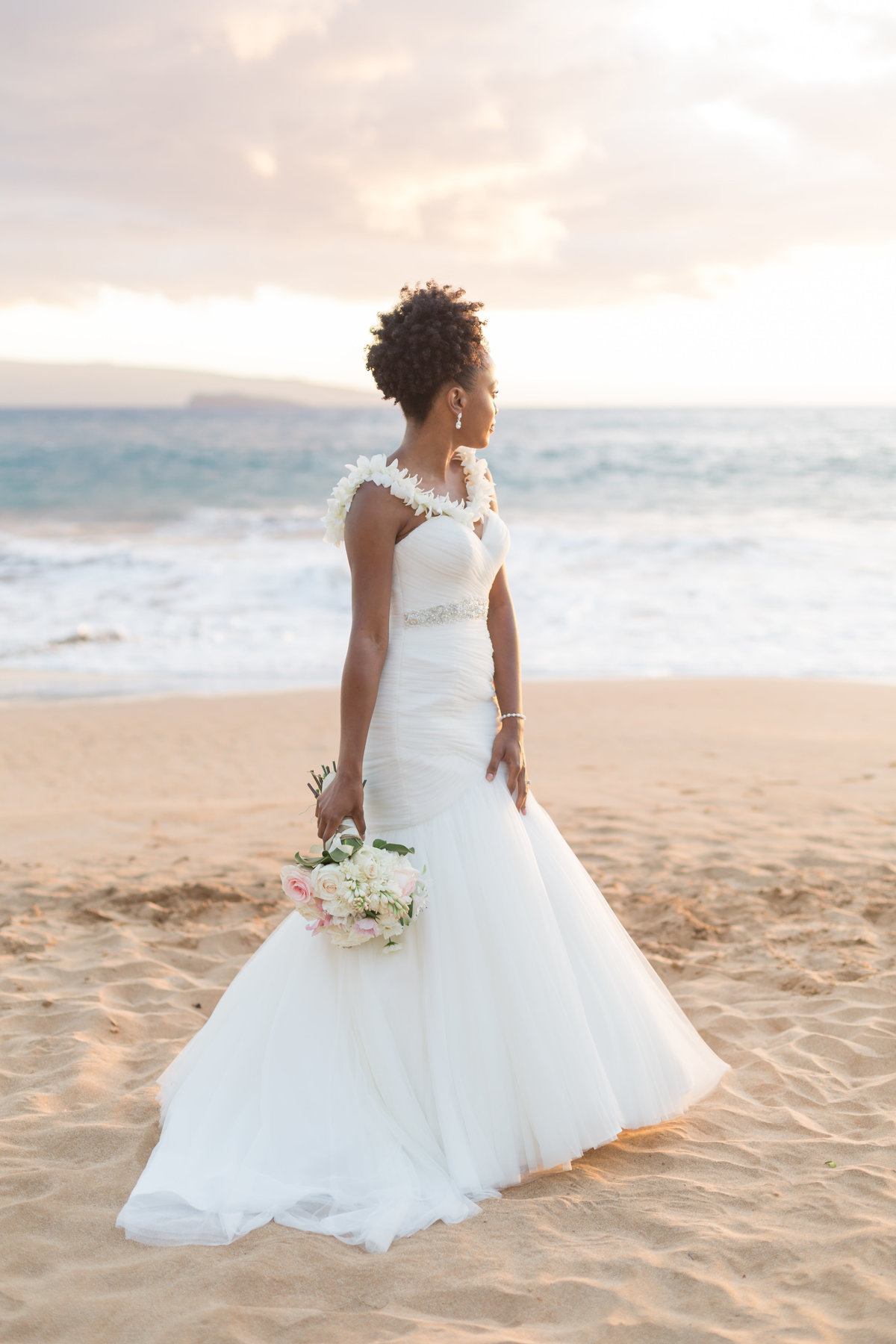 bride in Maui, Hawaii