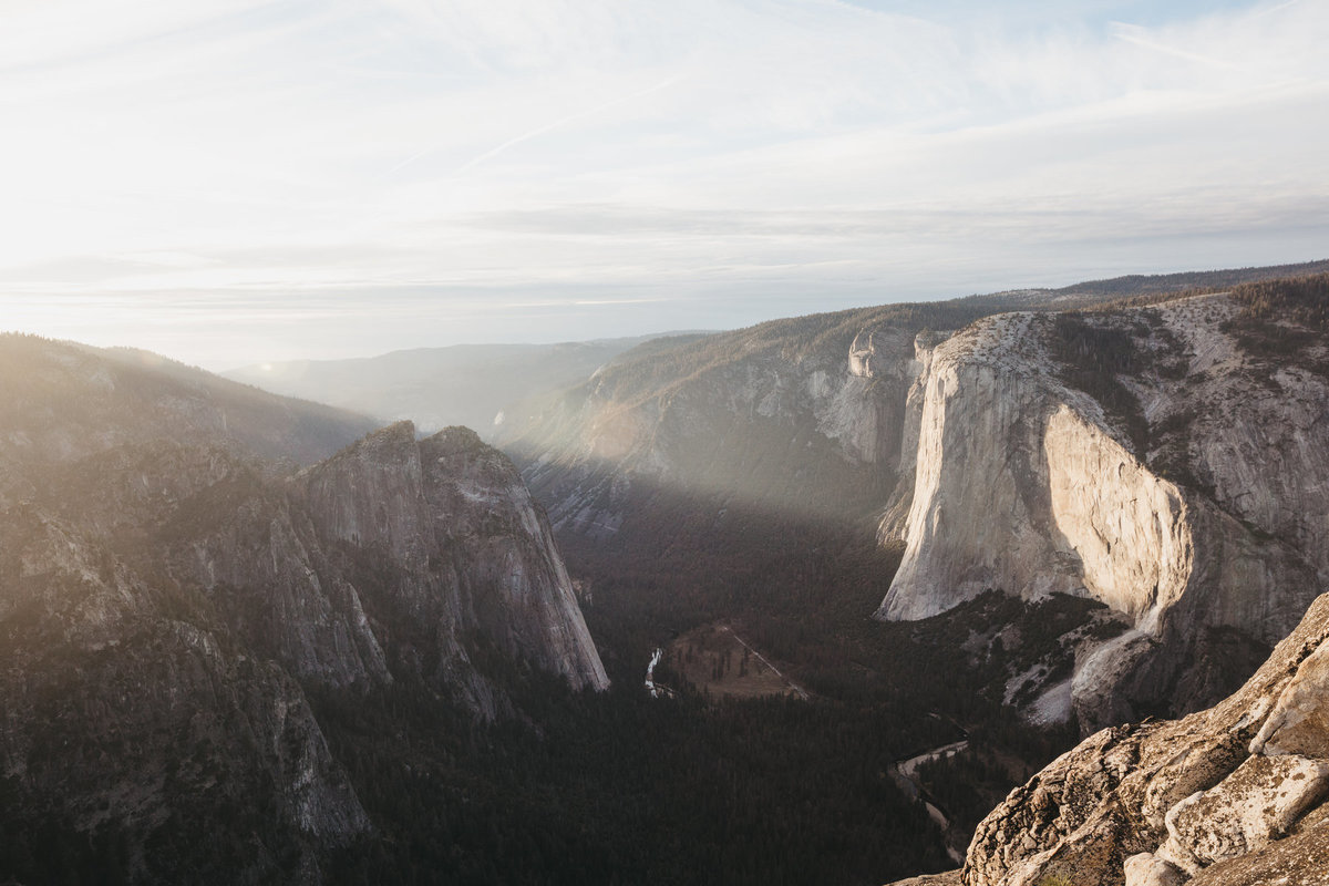 athena-and-camron-how-to-elope-in-yosemite-valley-taft-point32