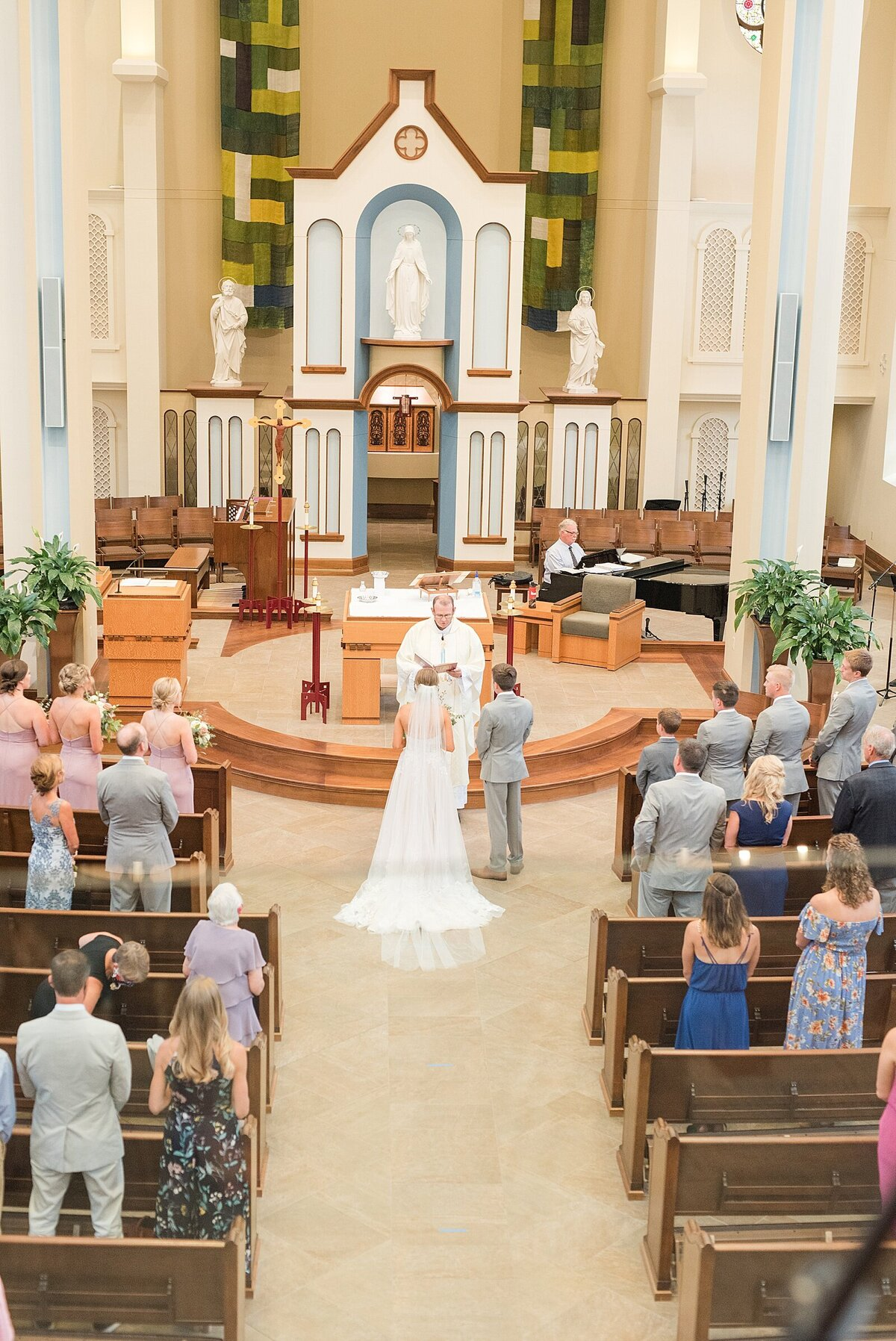 Kara Webster Photography | Meredith & Tyler | University Of Dayton Marriott Wedding Photographer_0033