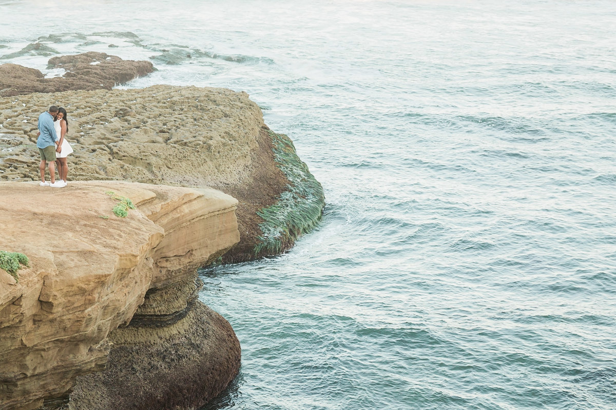 Babsie-Ly-Photography-fine-art-film-destination-engagement-photographer-san-diego-sunset-cliffs-epic-beach-002