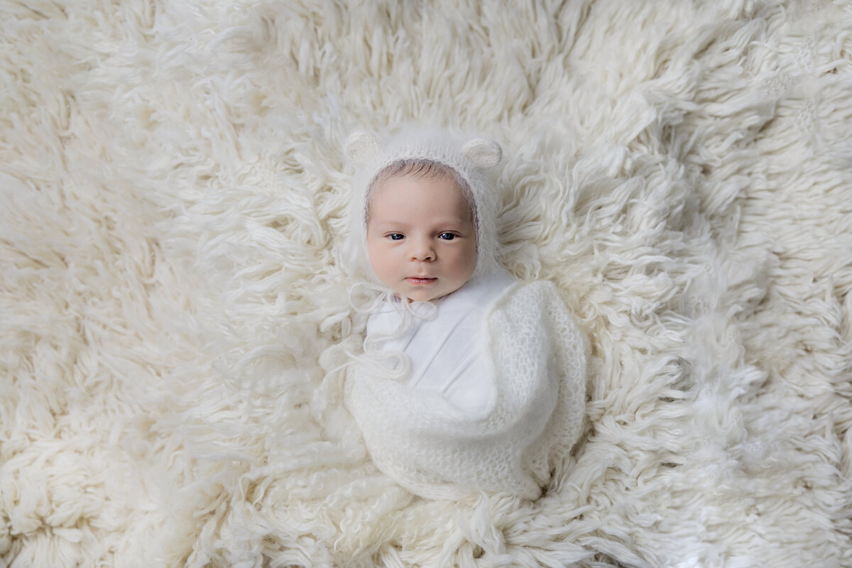 newborn-baby-boy-photos-ottawa-grey-loft-studio-12