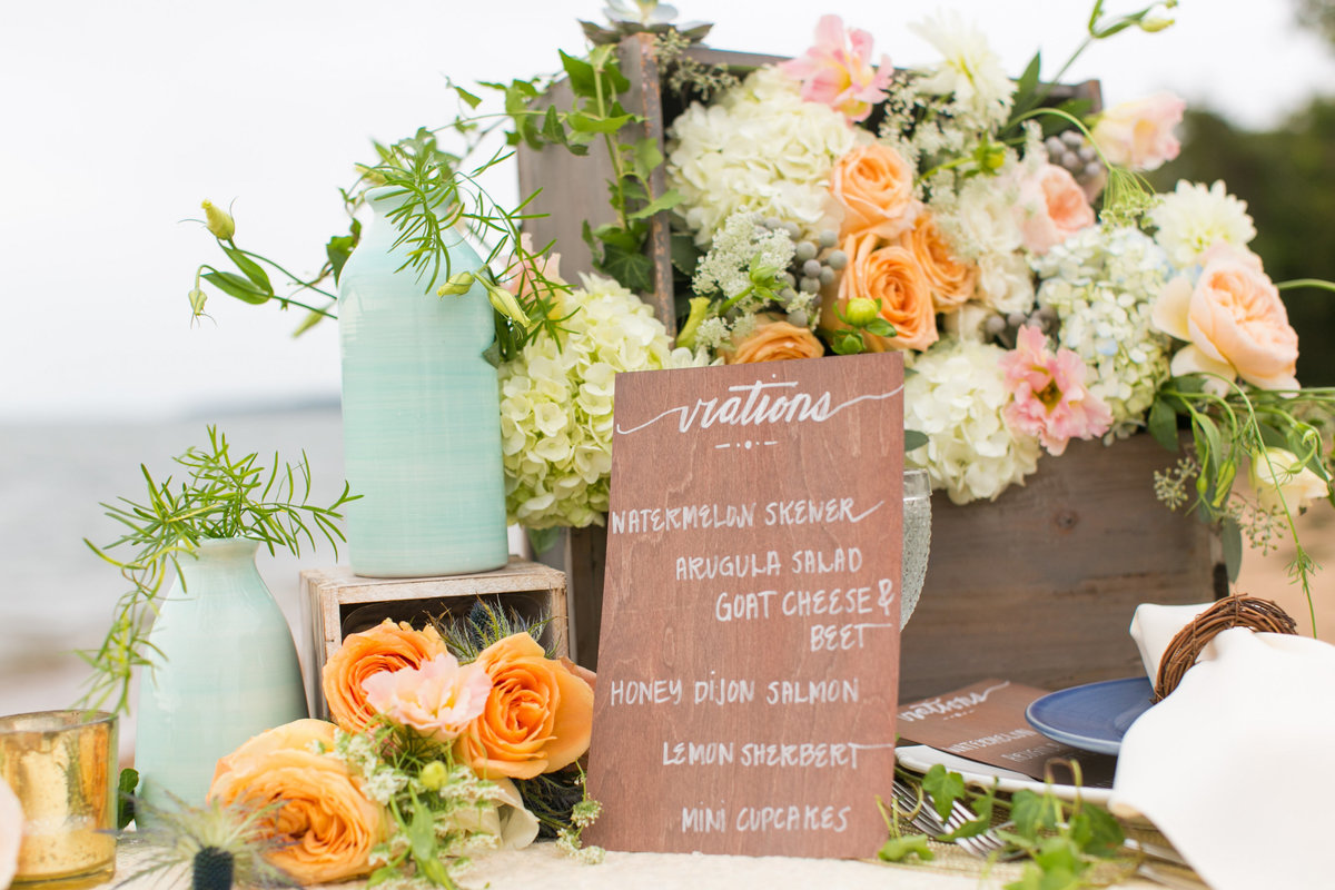Baltimore-Wedding-Photographer-Tablescape-Blush-Floral-Design
