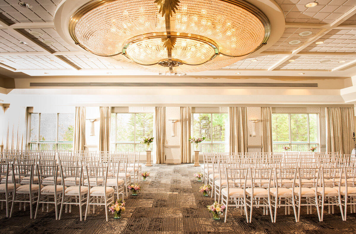 Rimrock Hotel Wedding Ceremony Setup
