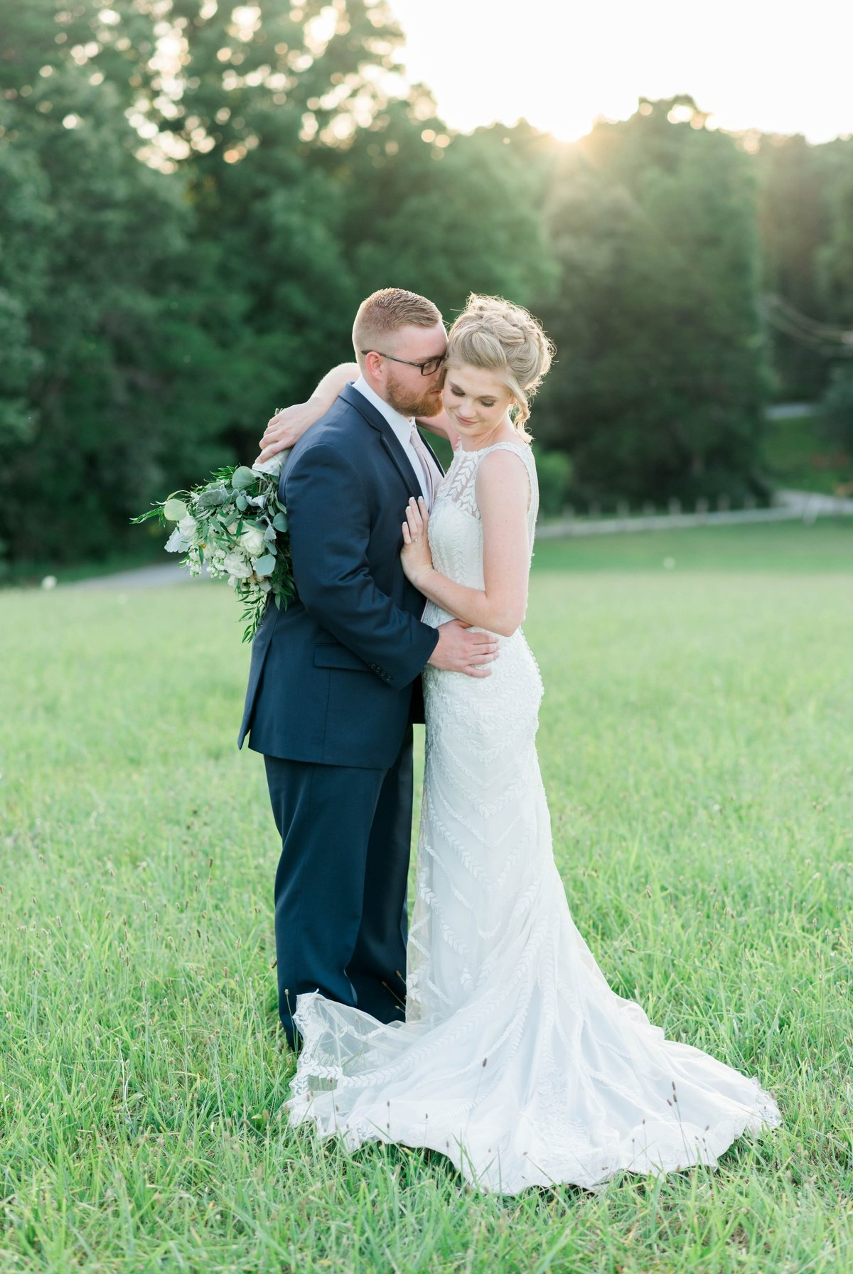 SorellaFarms_VirginiaWeddingPhotographer_BarnWedding_Lynchburgweddingphotographer_DanielleTyler+24(2)