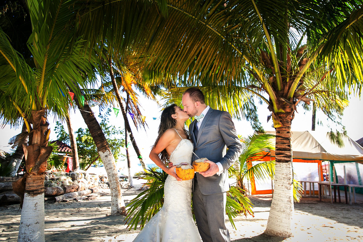 110-omni-cancun-hotel-and-villas-wedding-photos-brittney-shawn