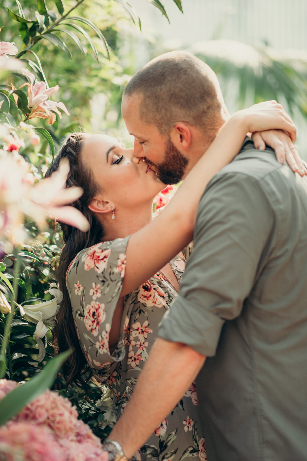 royal-botanical-gardens-engagement-shoot