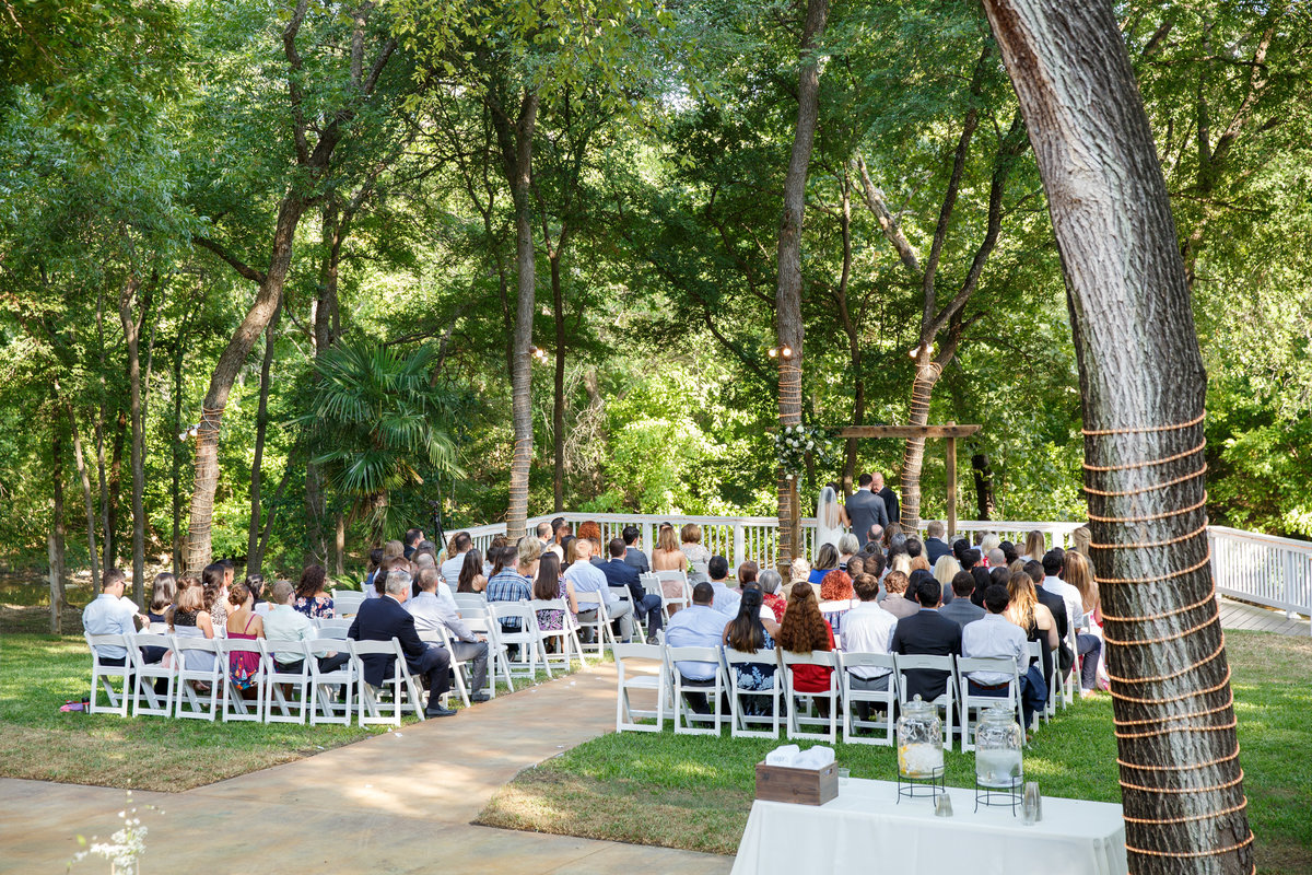 Austin wedding photographer casa blanca on brushy creek ceremony wide angle