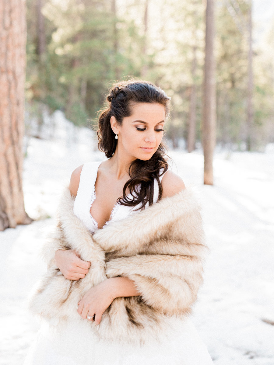 Kristen Joy Photography - Nevada Forest Elopement -900px lon-0103