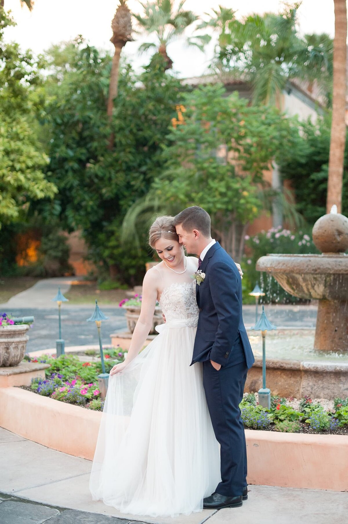 Royal-Palms-Wedding-by-Leslie-Ann-Photography-00074