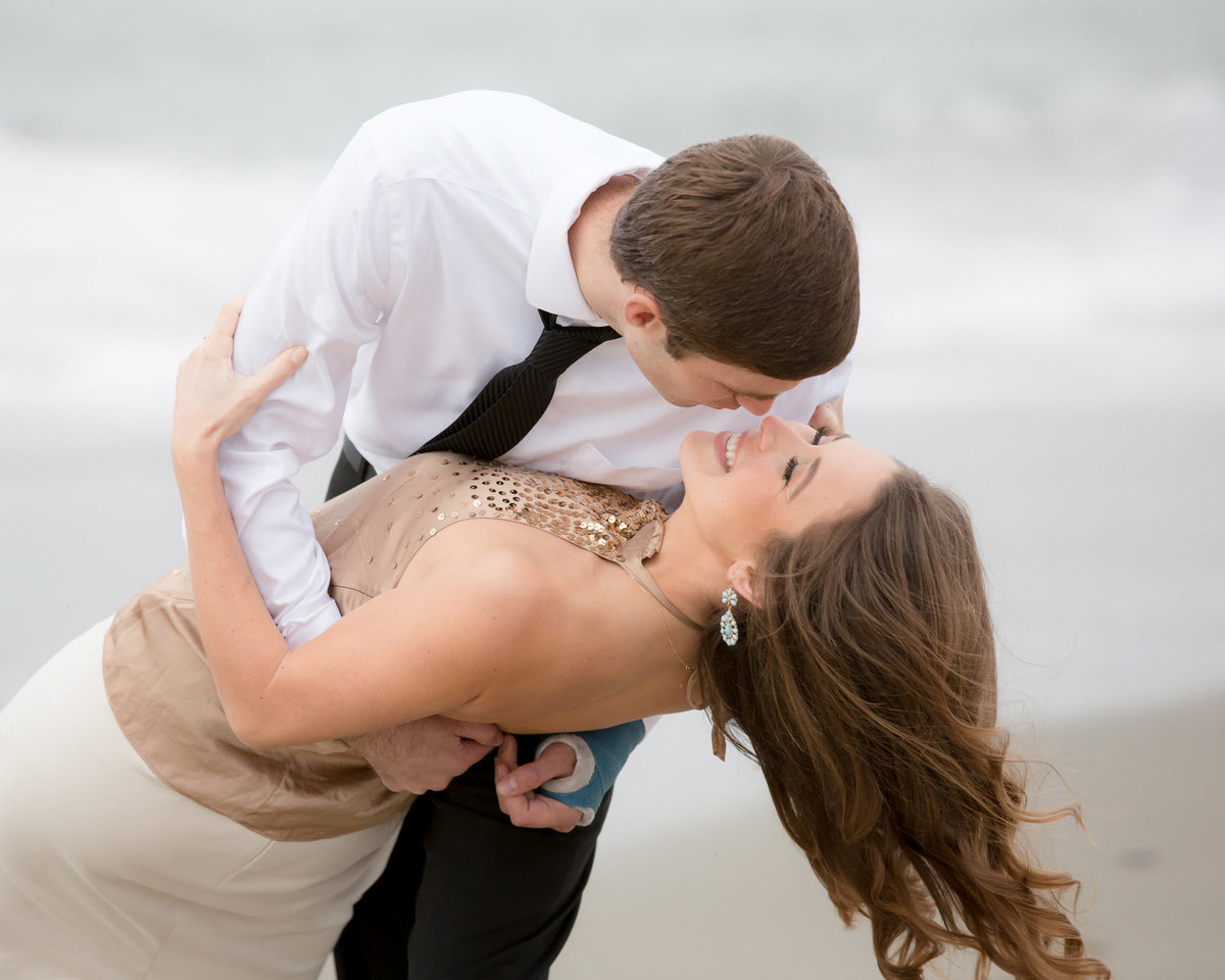 engagement photos on the beach  Lynette Smith Photography