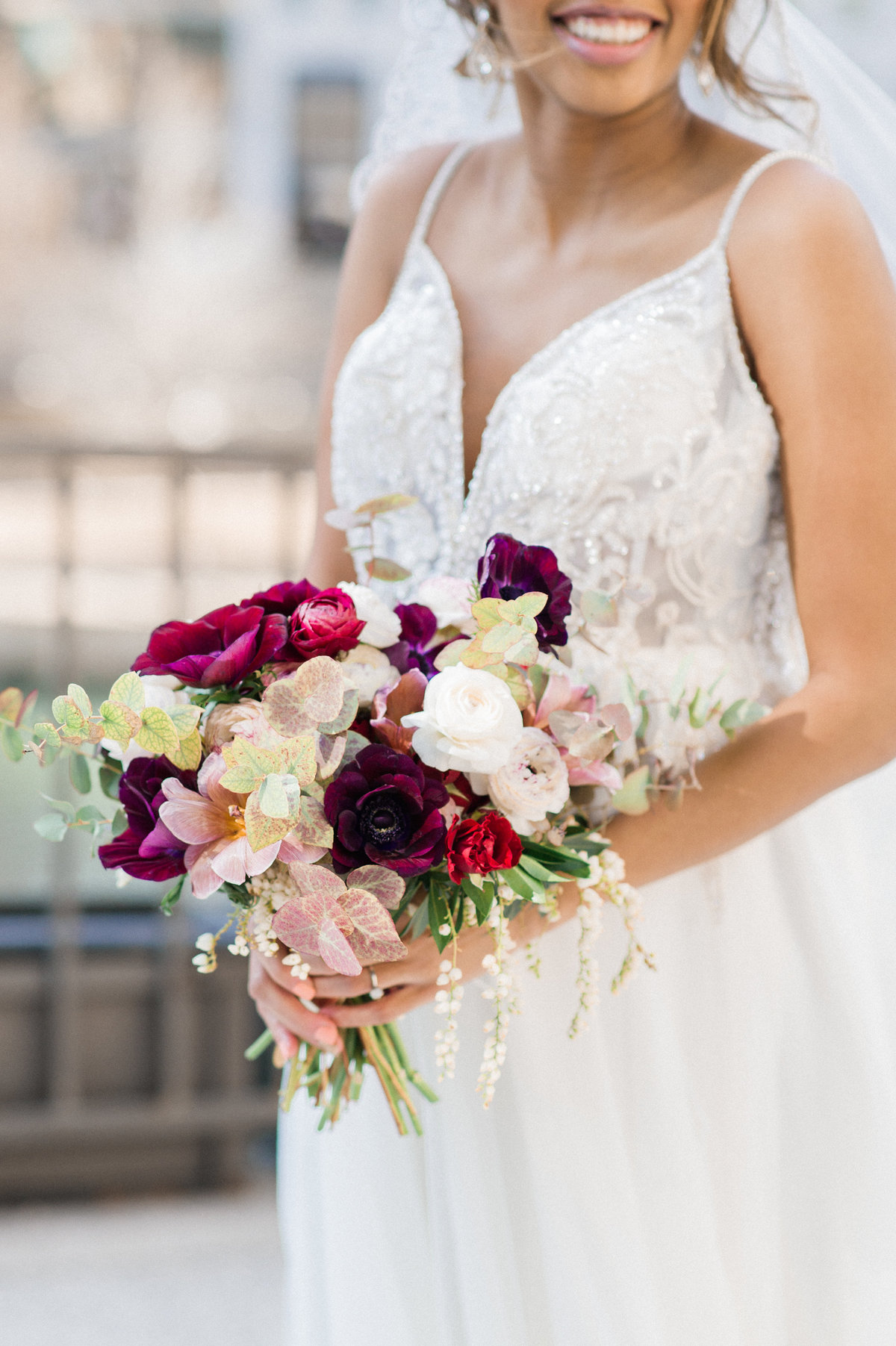 burgundy-blush-wedding-bouquet-photo
