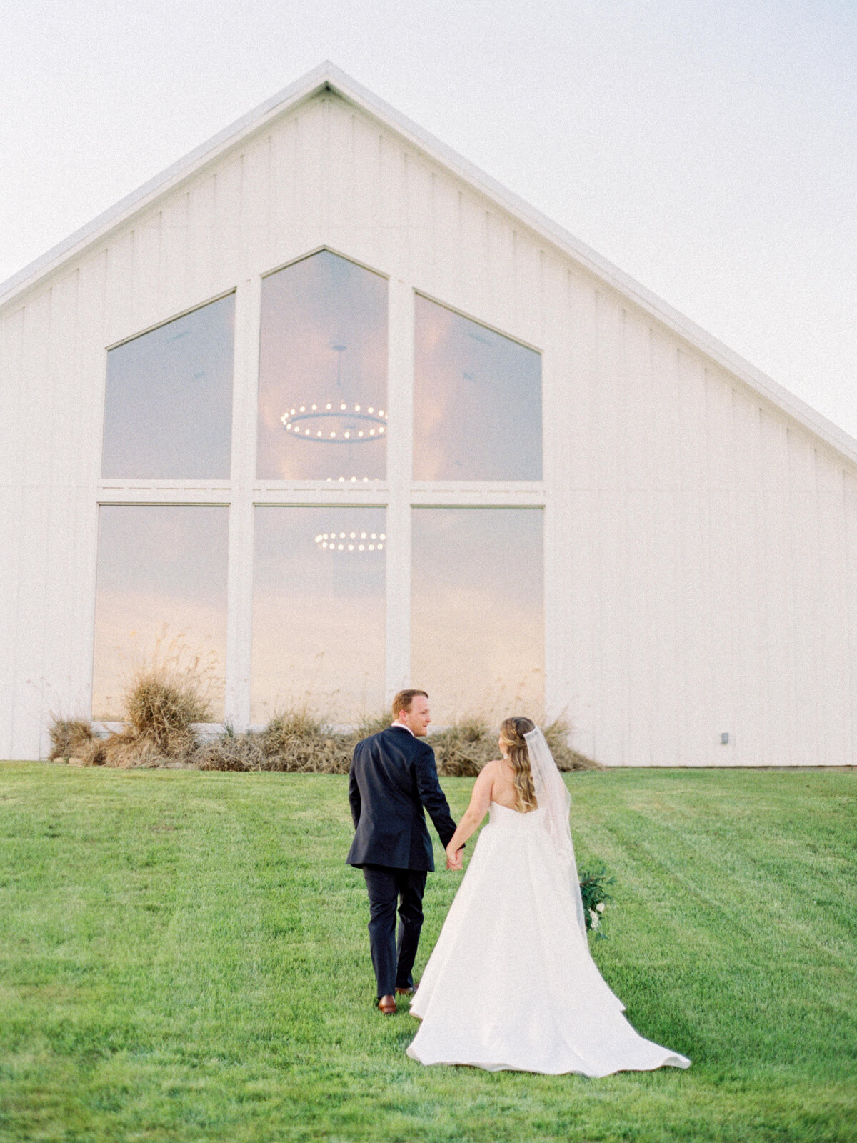 the-farmhouse-wedding-houston-texas-wedding-photographer-mackenzie-reiter-photography-89